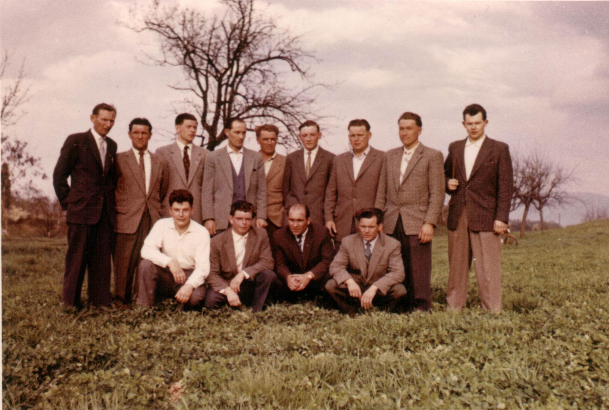 Mannschaftsausflug 1957, man beachte den Dresscode