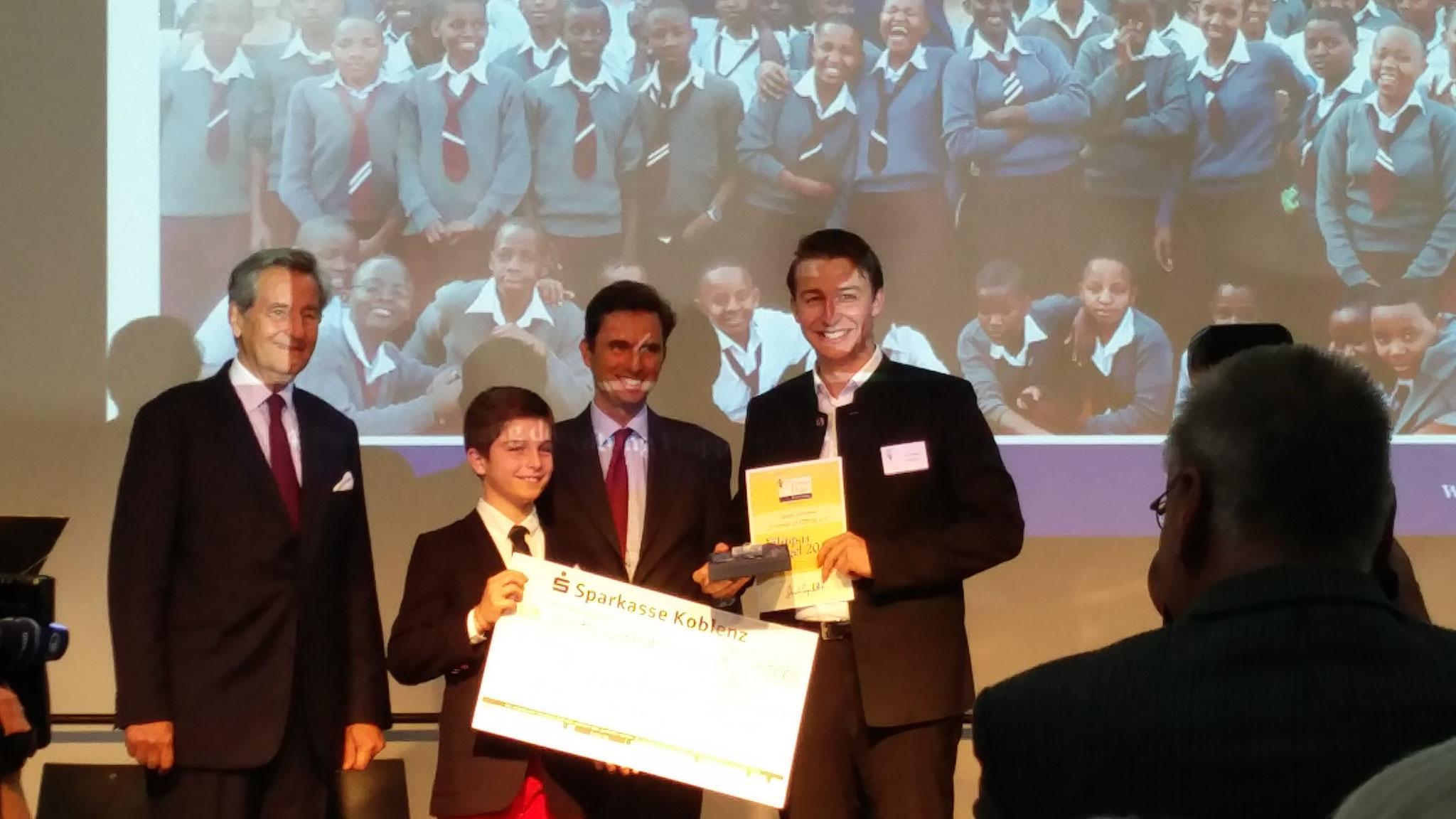 Verleihung des Preisgeldes in Höhe von 1000 Euro.