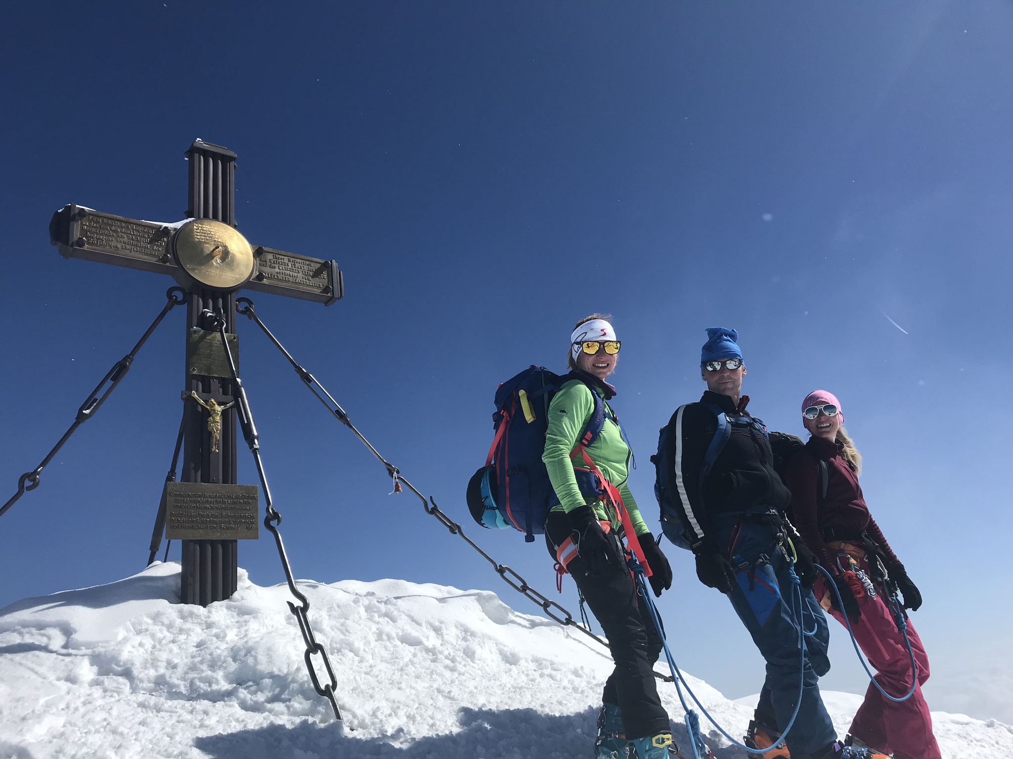 Am Gipfel bei bestem Wetter