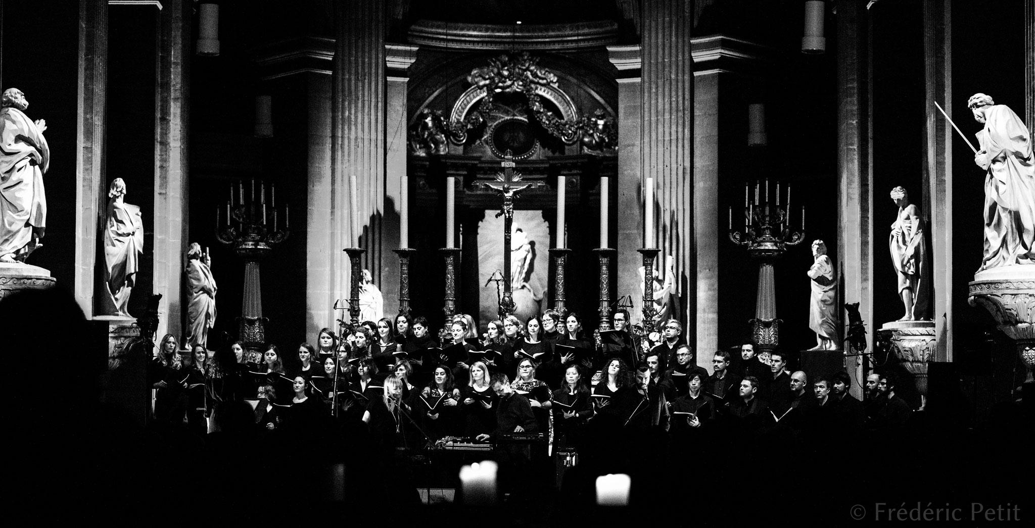 9 décembre 2018 - Dear Criminals et la chorale Meet&Sing @ l'Église Saint-Sulpice (Festival Aurores Montréal)