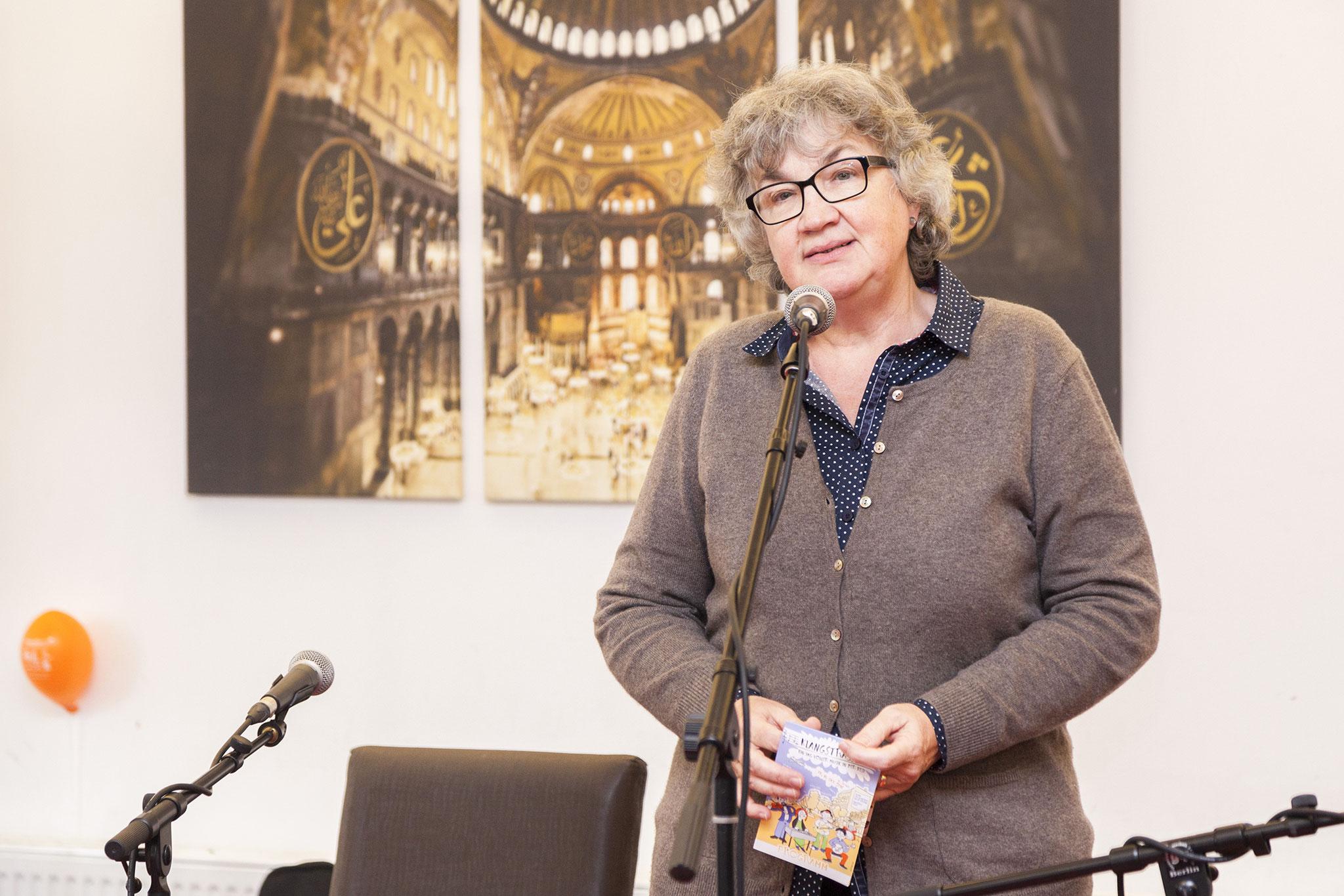 Grußworte von Frau Neubauer, S.T.E.R.N. GmbH, Foto: Antonia Richter