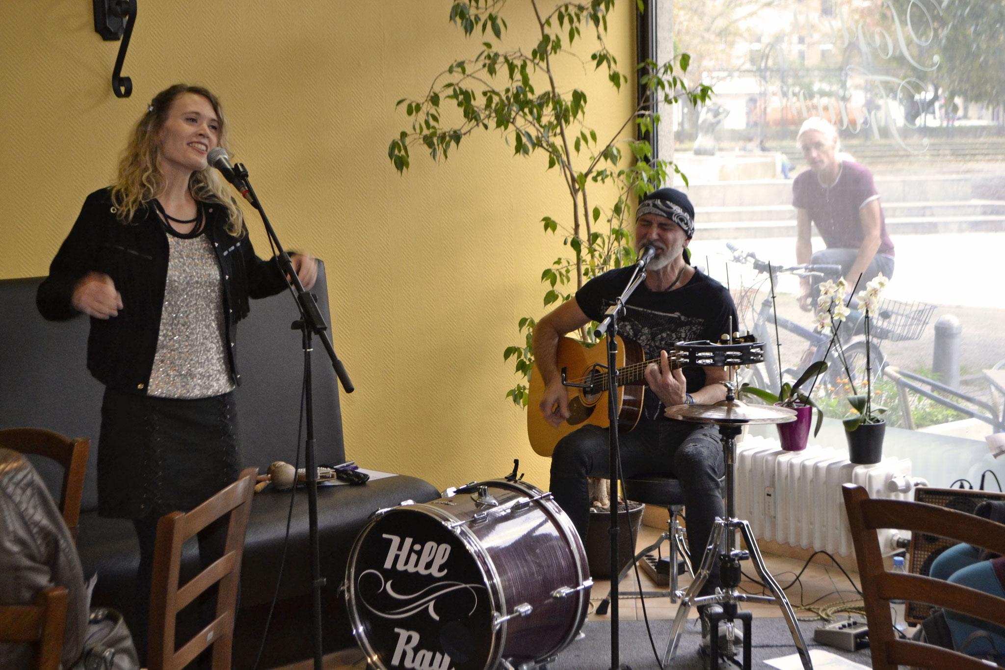 Hill & Ray im Café Torten-Träume, Foto: Florina Limberg
