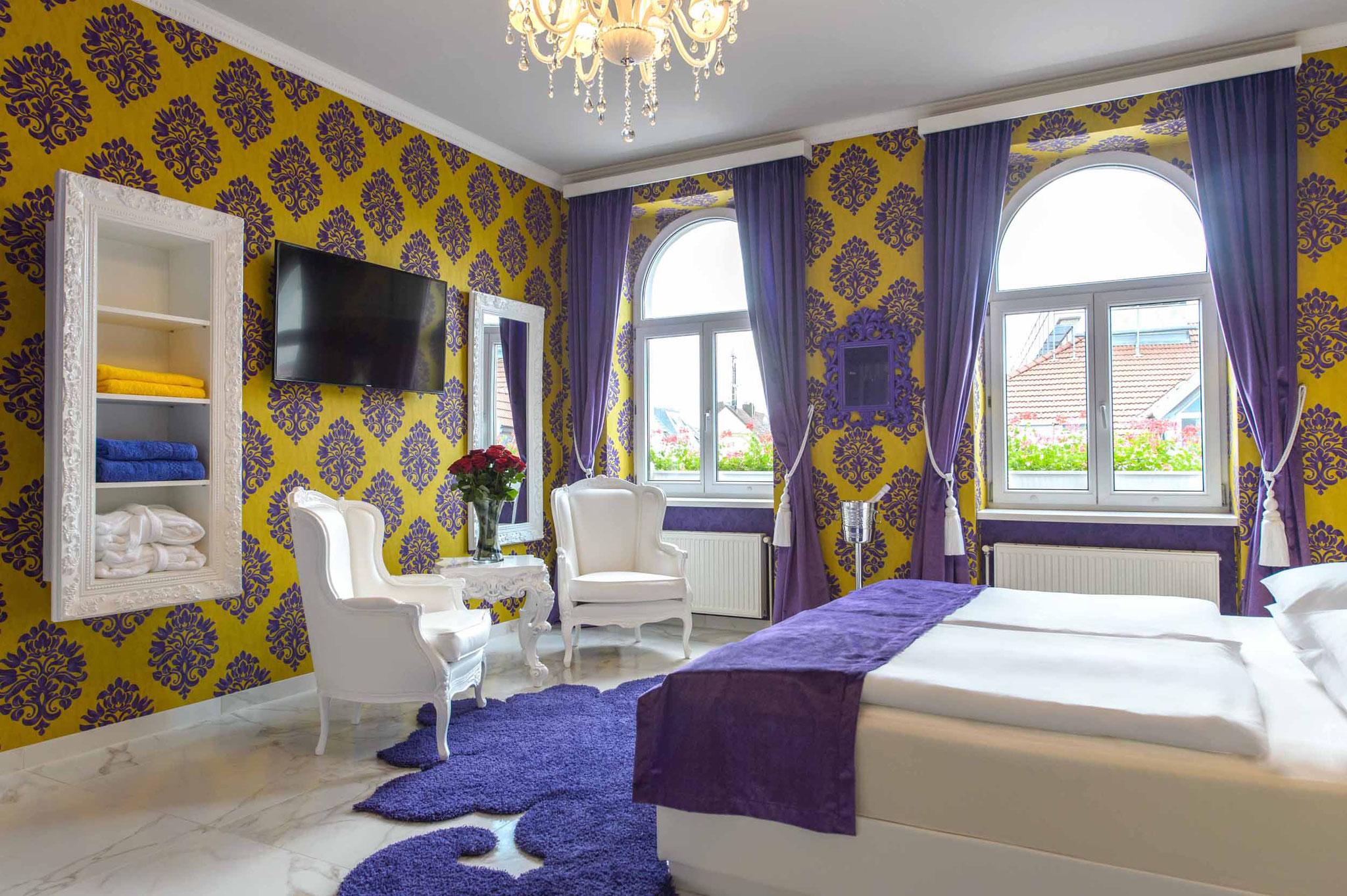 Liebeshotel Urania - Relax Suite mit Whirlpool