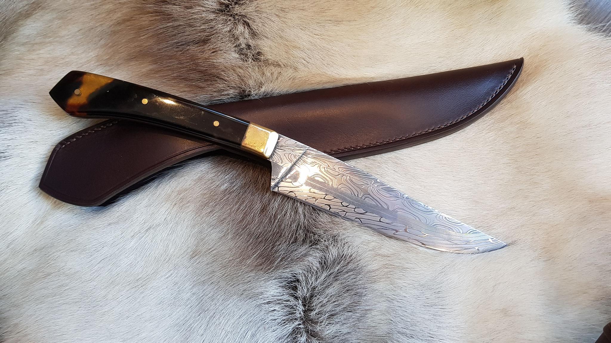 Fourreau couteau