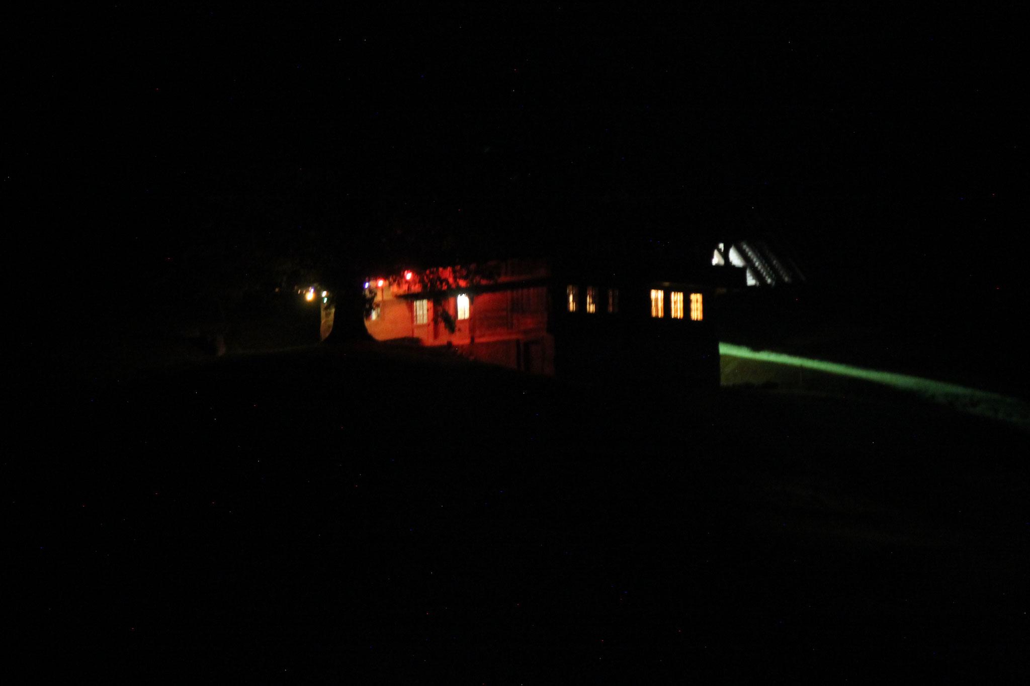 Aussen bei Nacht