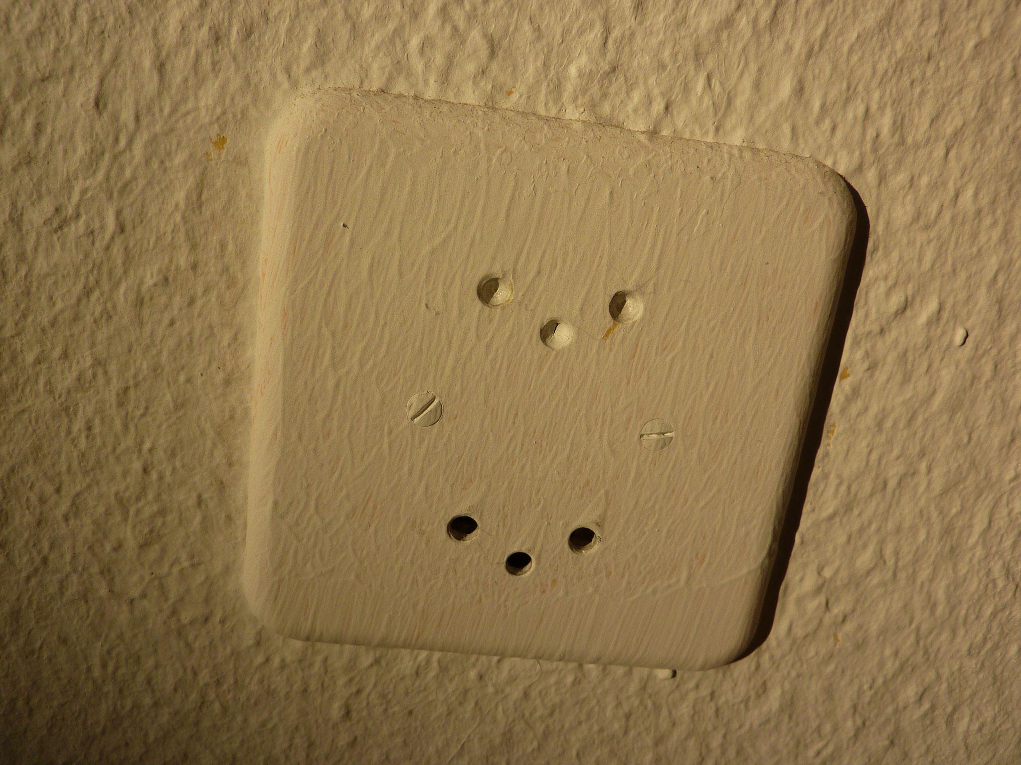Kunde hat das Zimmer vor einem Jahr selbst gestrichen...