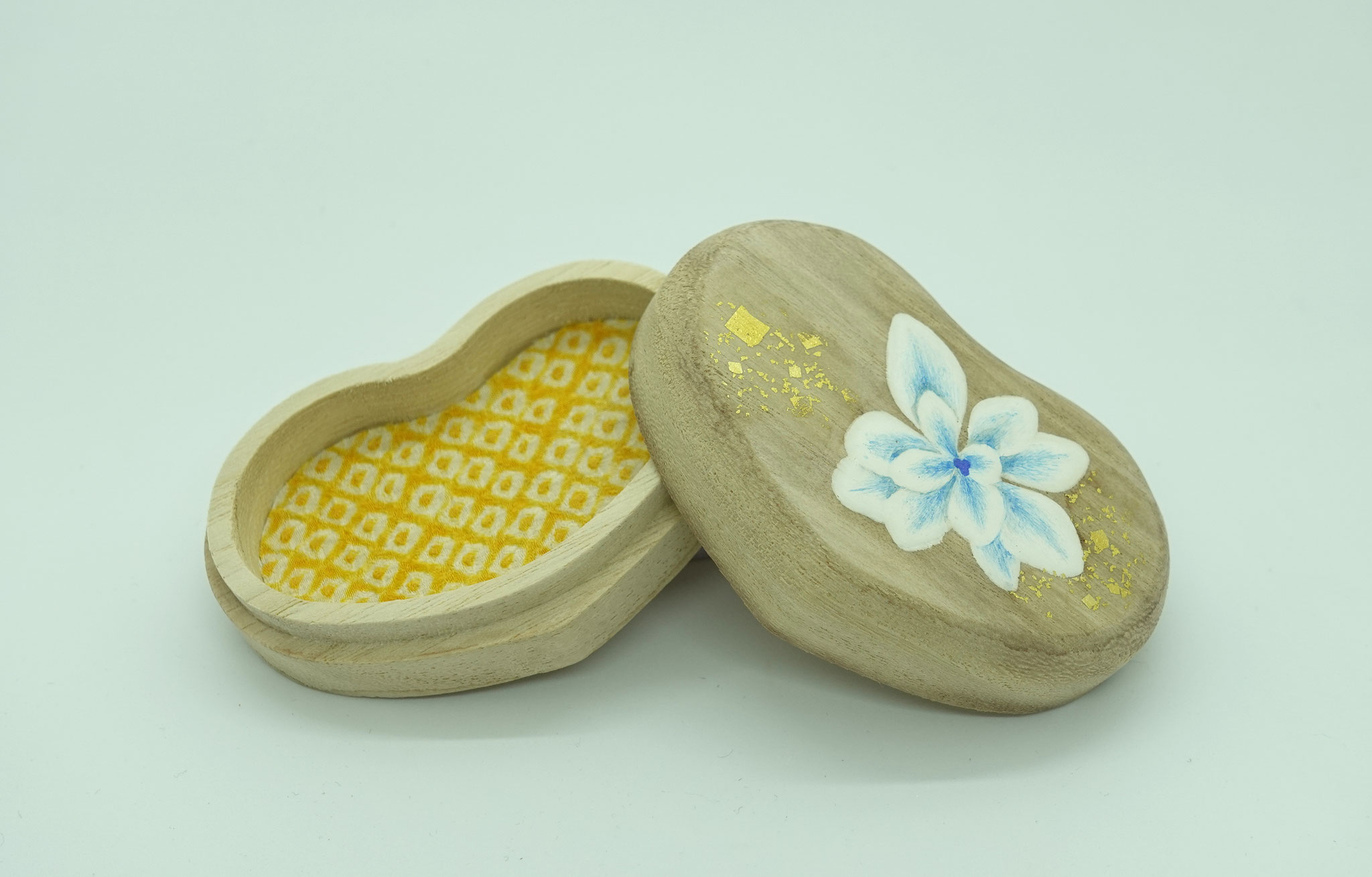 ハート型桐小箱・紫陽花