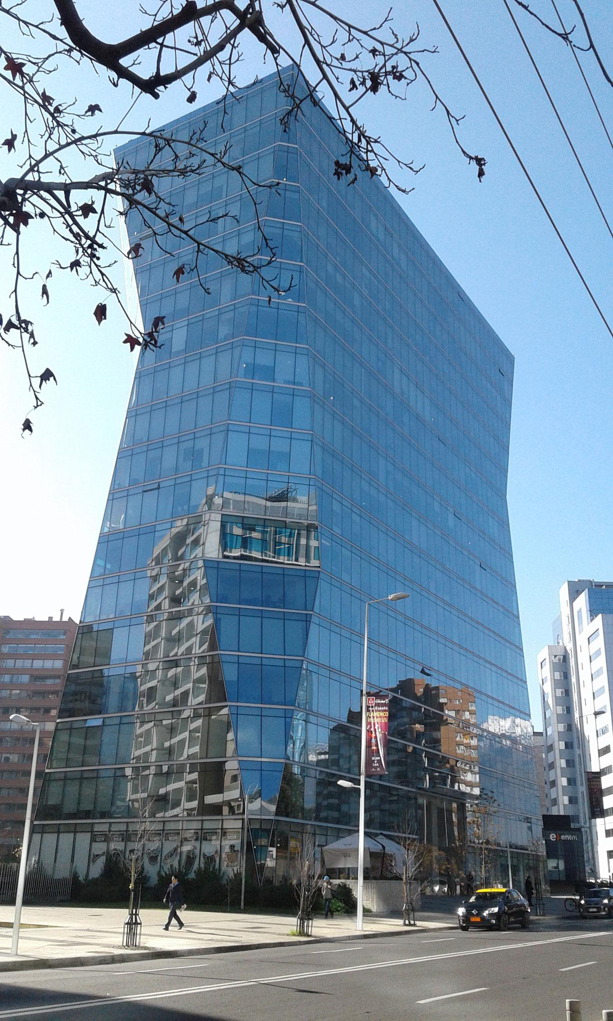 STOPRAY Vision 50, Edificio Quantum, Santiago, Chile
