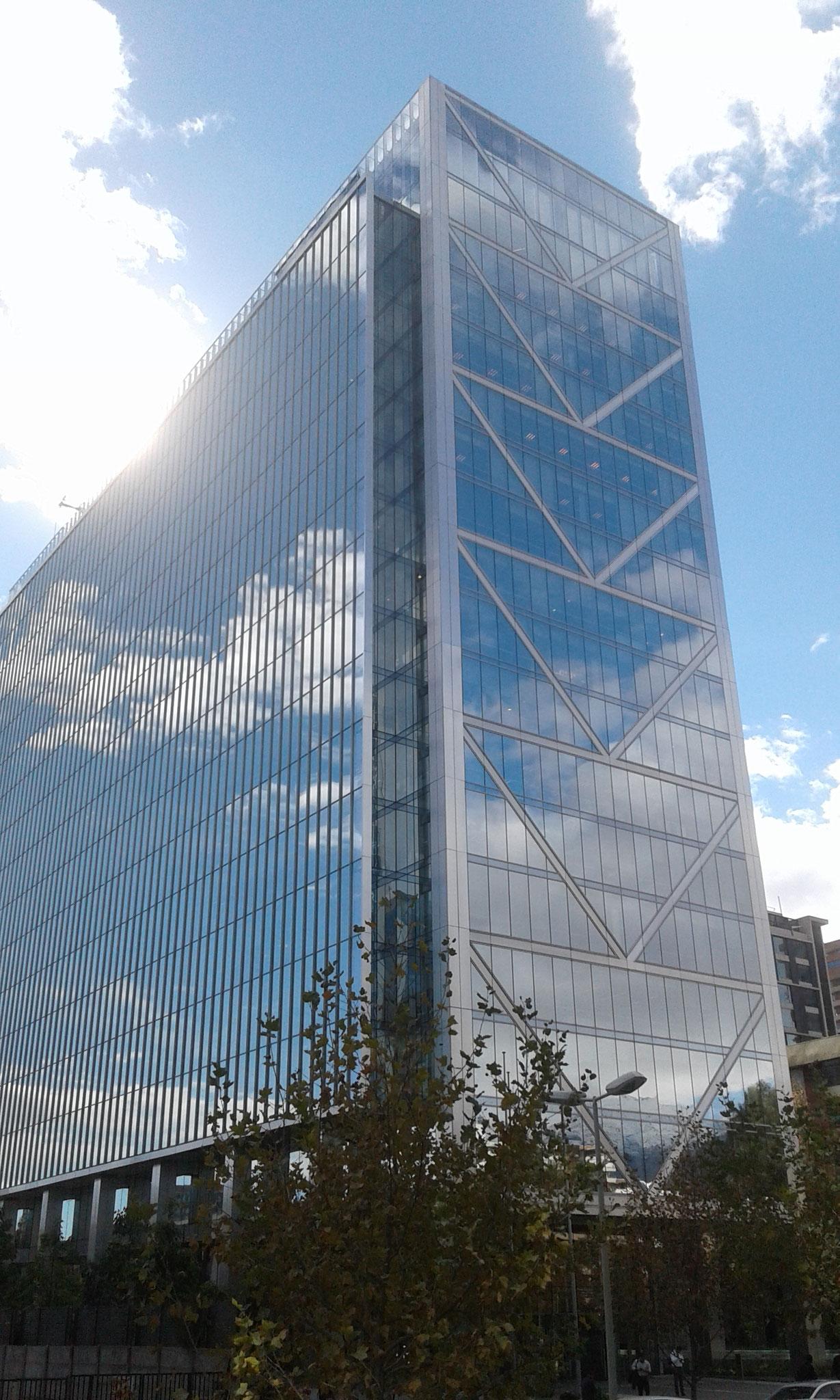 STOPRAY Silver, Edificio Cerro El Plomo, Santiago, Chile