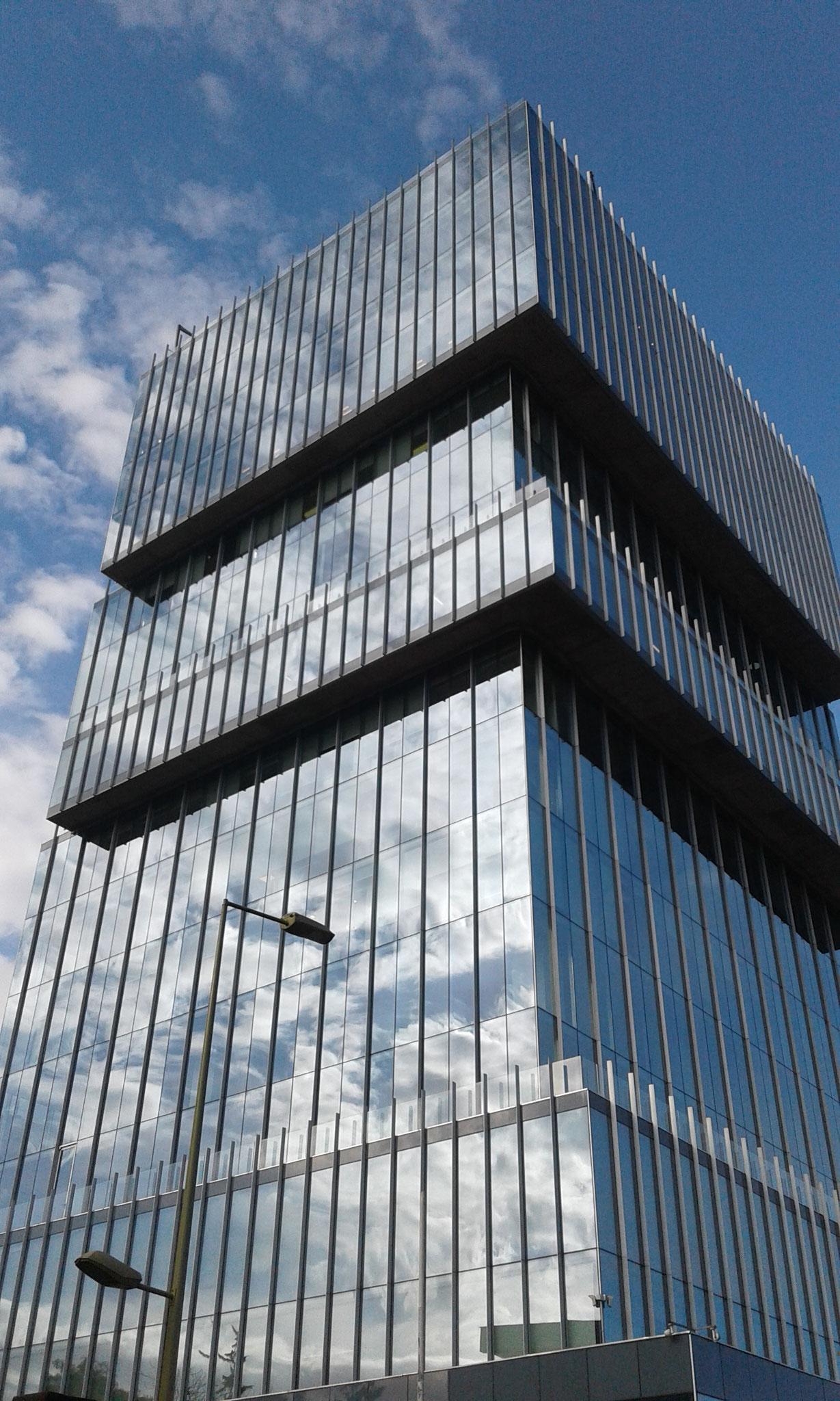 STOPRAY Vision 50, Edificio Territoria Luz, Santiago, Chile