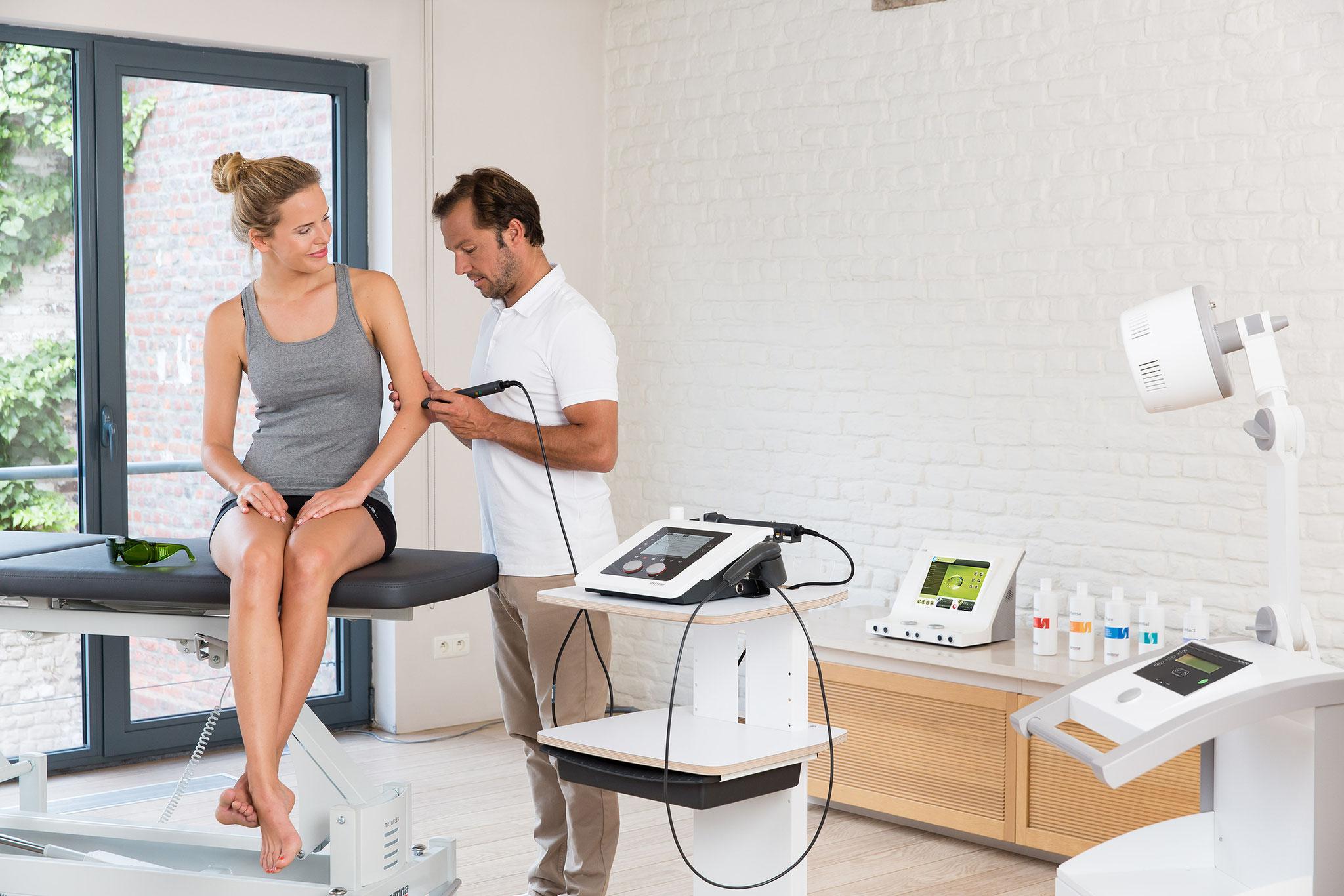 Gymna Elektro- und Ultraschalltherapiegeräte der 200er und 400er Serie