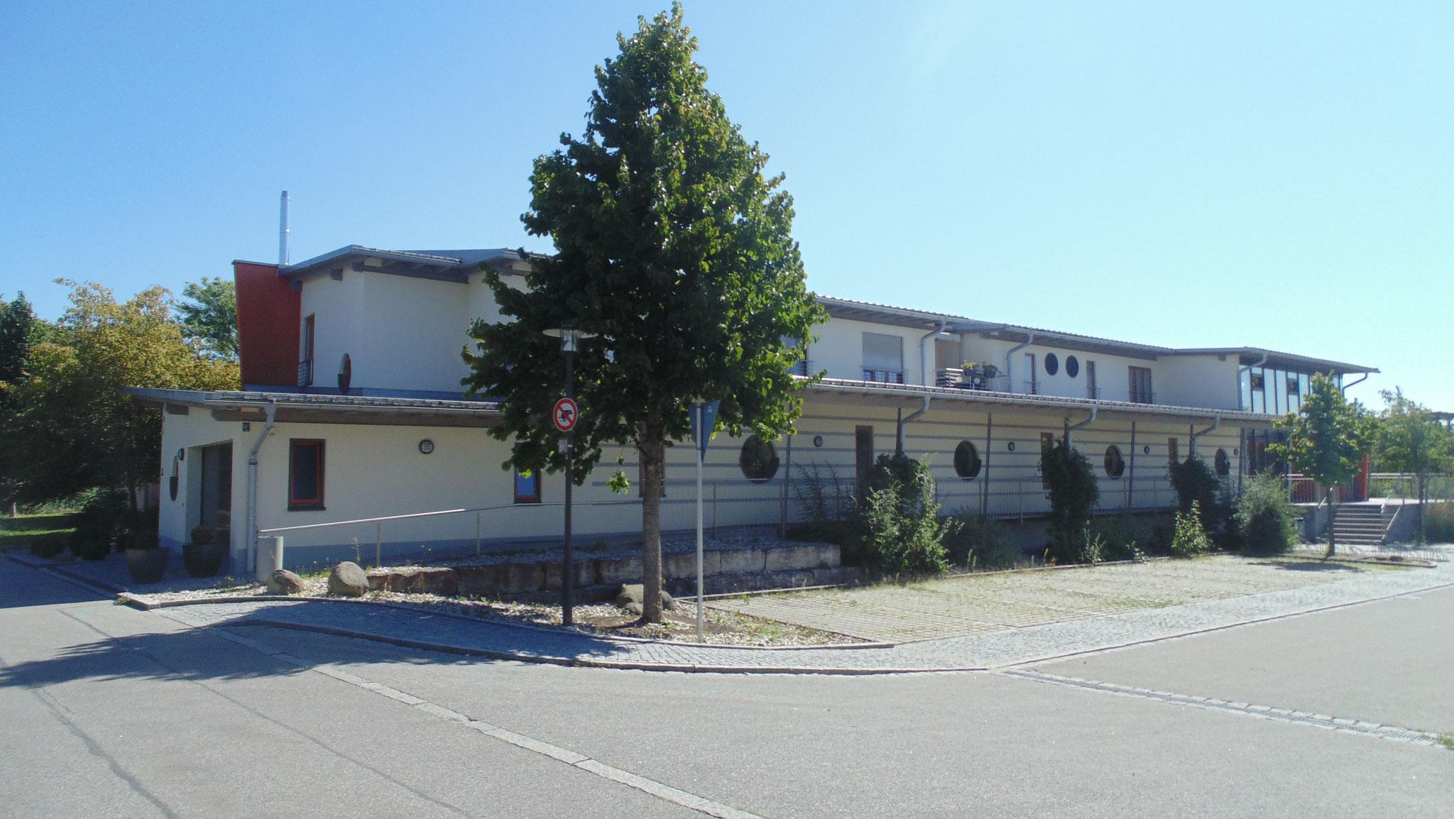 Neubau Zweifachturnhalle Altdorf 2005