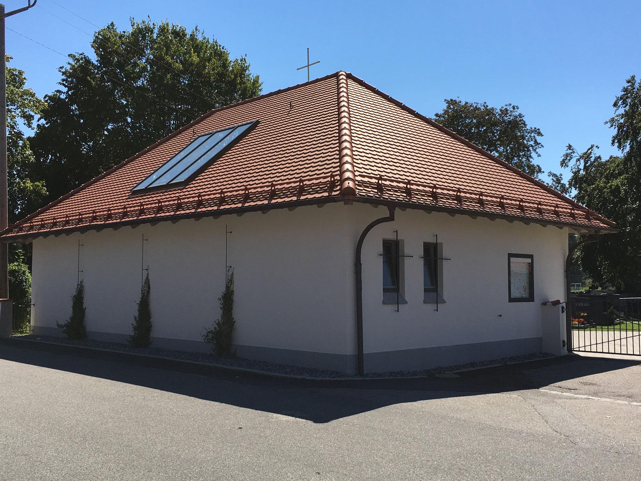 Neubau Aussegnungshalle, Niederaichbach 2013