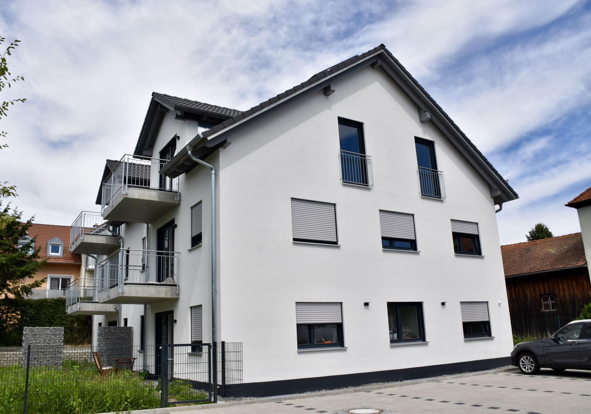 Neubau eines Mehrfamilienwohnhauses mit 4 Wohneinheiten + Praxis, Vilsbiburg 2017