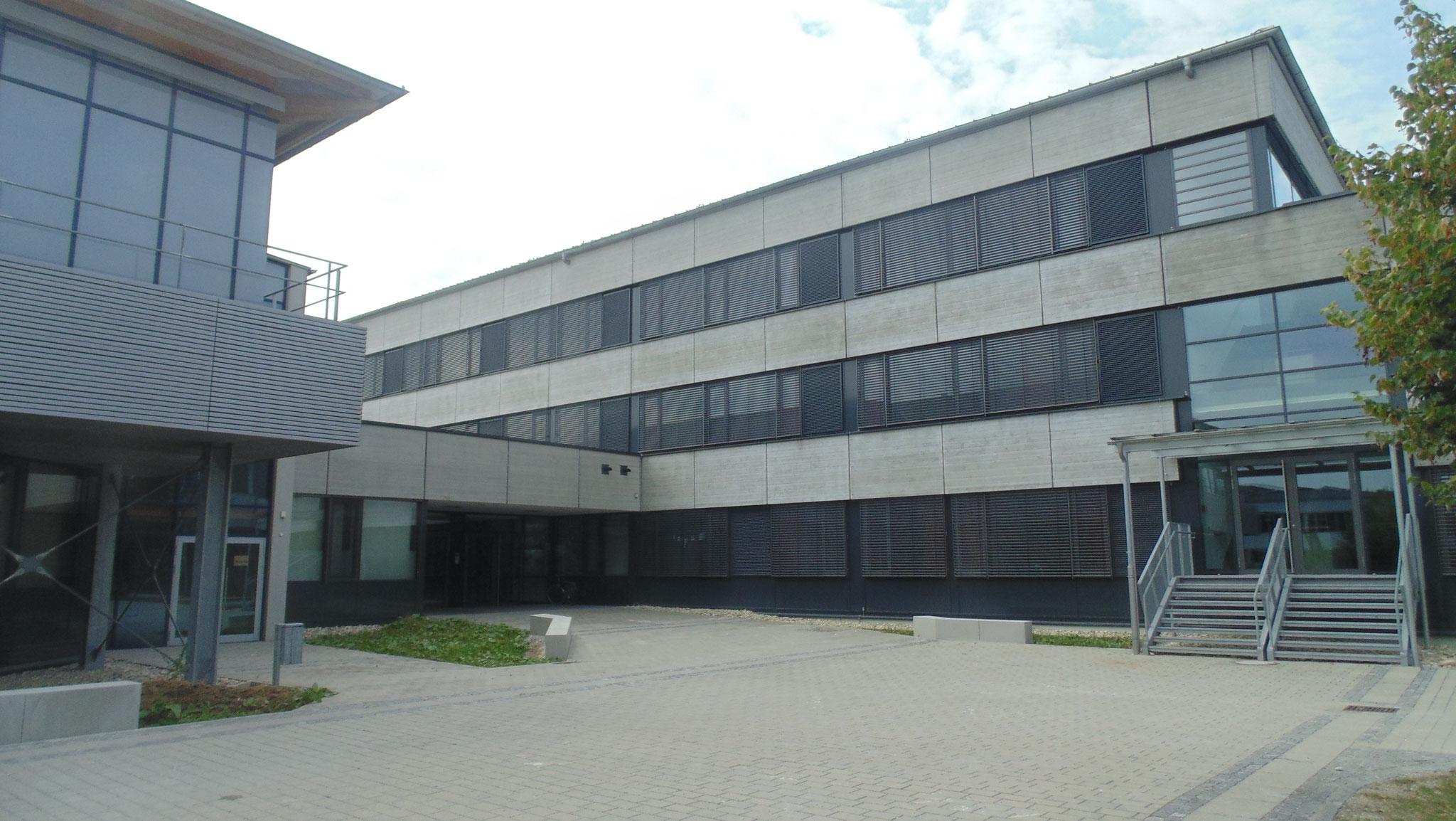 Sanierung und Modernisierung Gymnasium, Dingolfing 2016