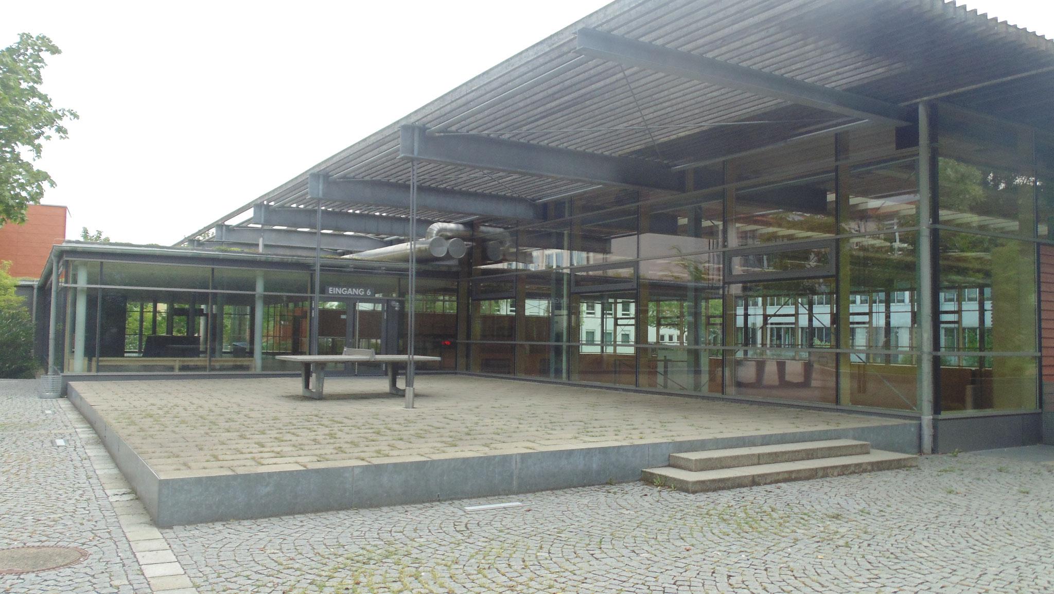 Neubau Dreiaschturnhalle Herzog-Tassilo Realschule 2003