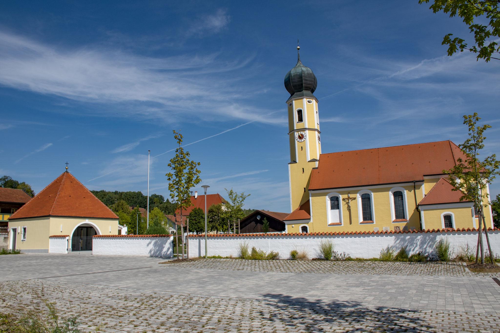 Sanierung Aussegnungshalle, Oberaichbach 2017