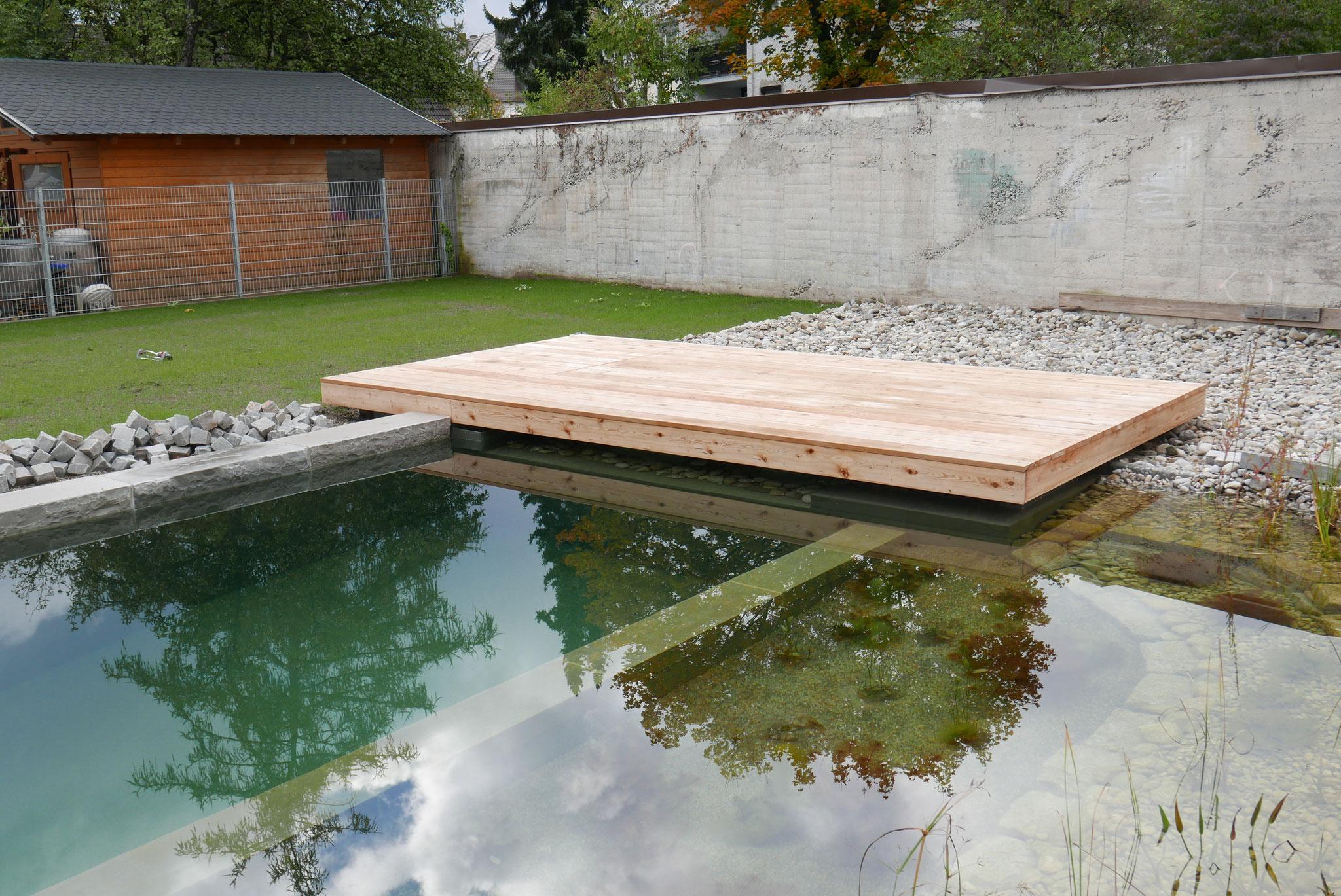Schwimmteich Liege - Terrasse