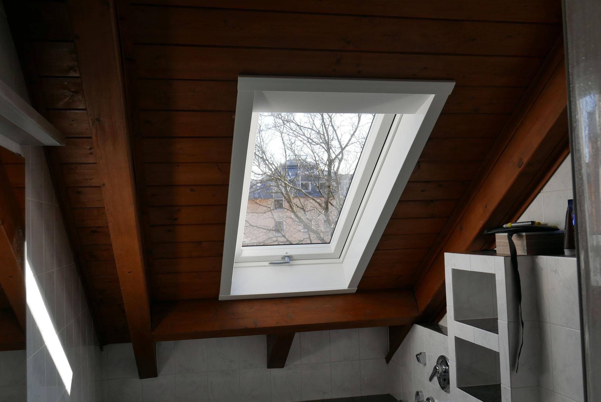 Roto Dachfenster mit Innenfutter