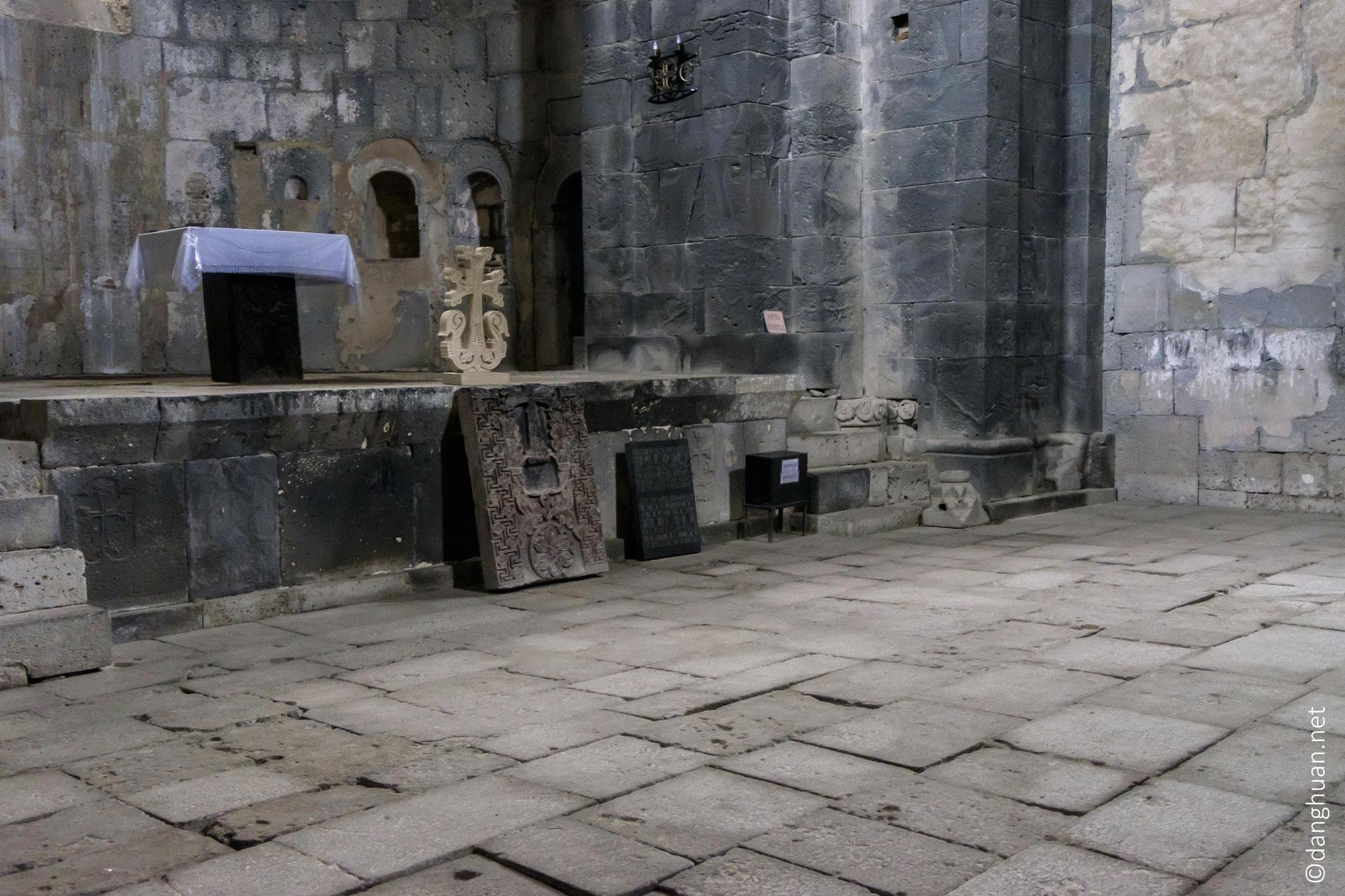 Le plus ancien élément de l'ensemble est l'église Saint Mère de Dieu à partir de 934