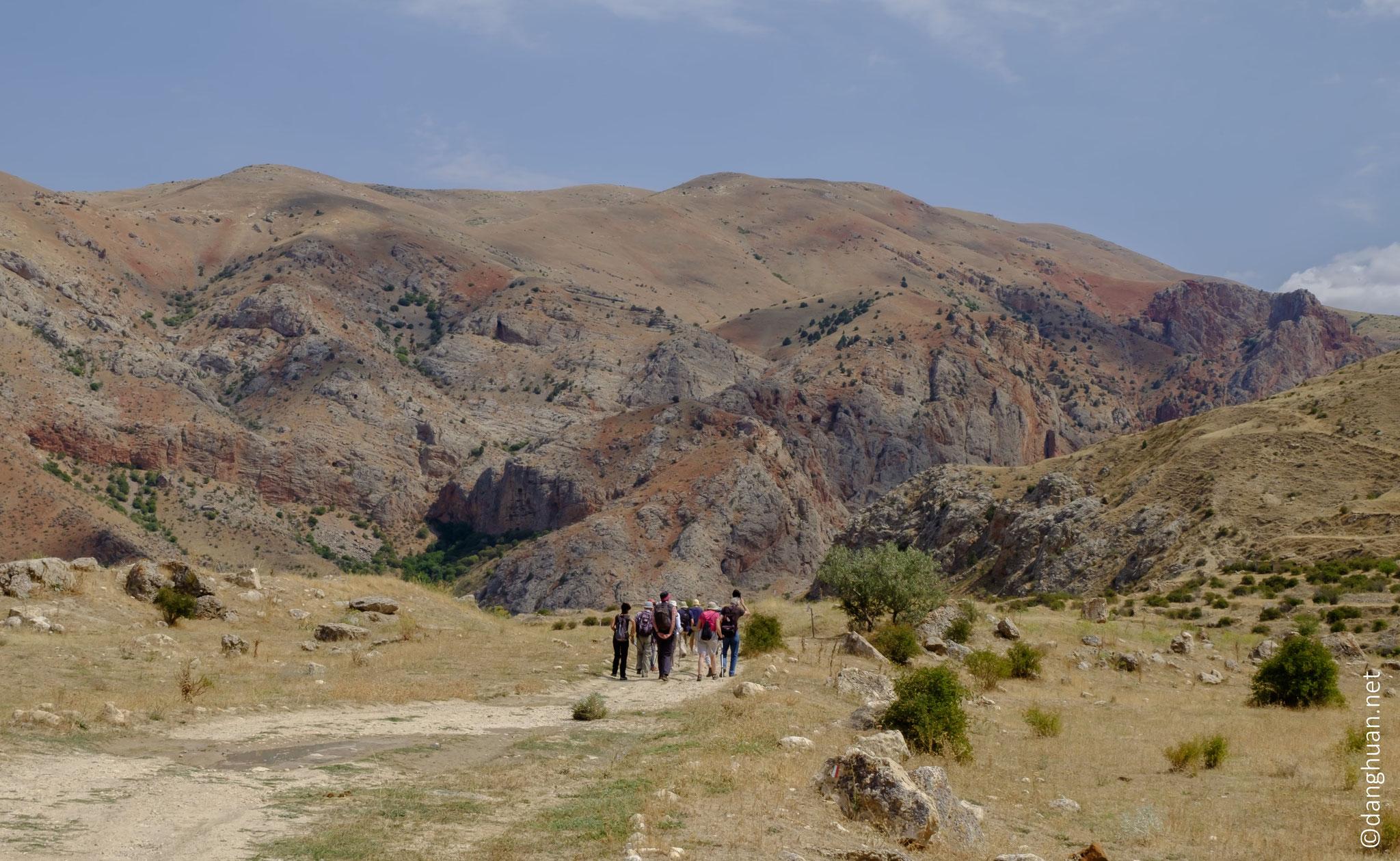 Randonnée  vers la gorge de la petite rivière Amaghou...