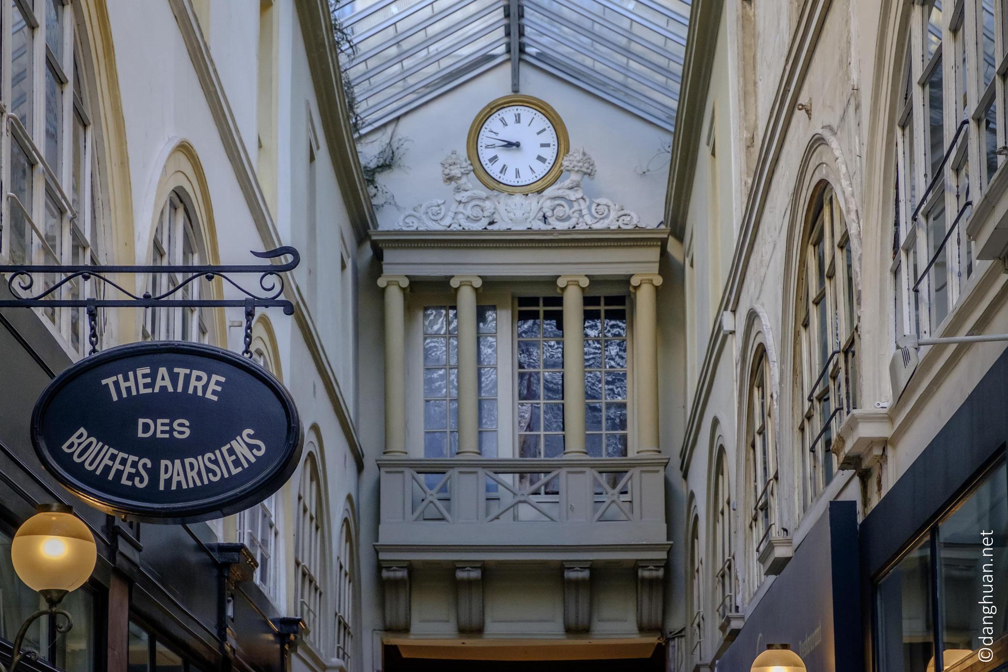 le Passage de Choiseul profite du dynamisme du quartier de la Bourse près duquel il est situé.
