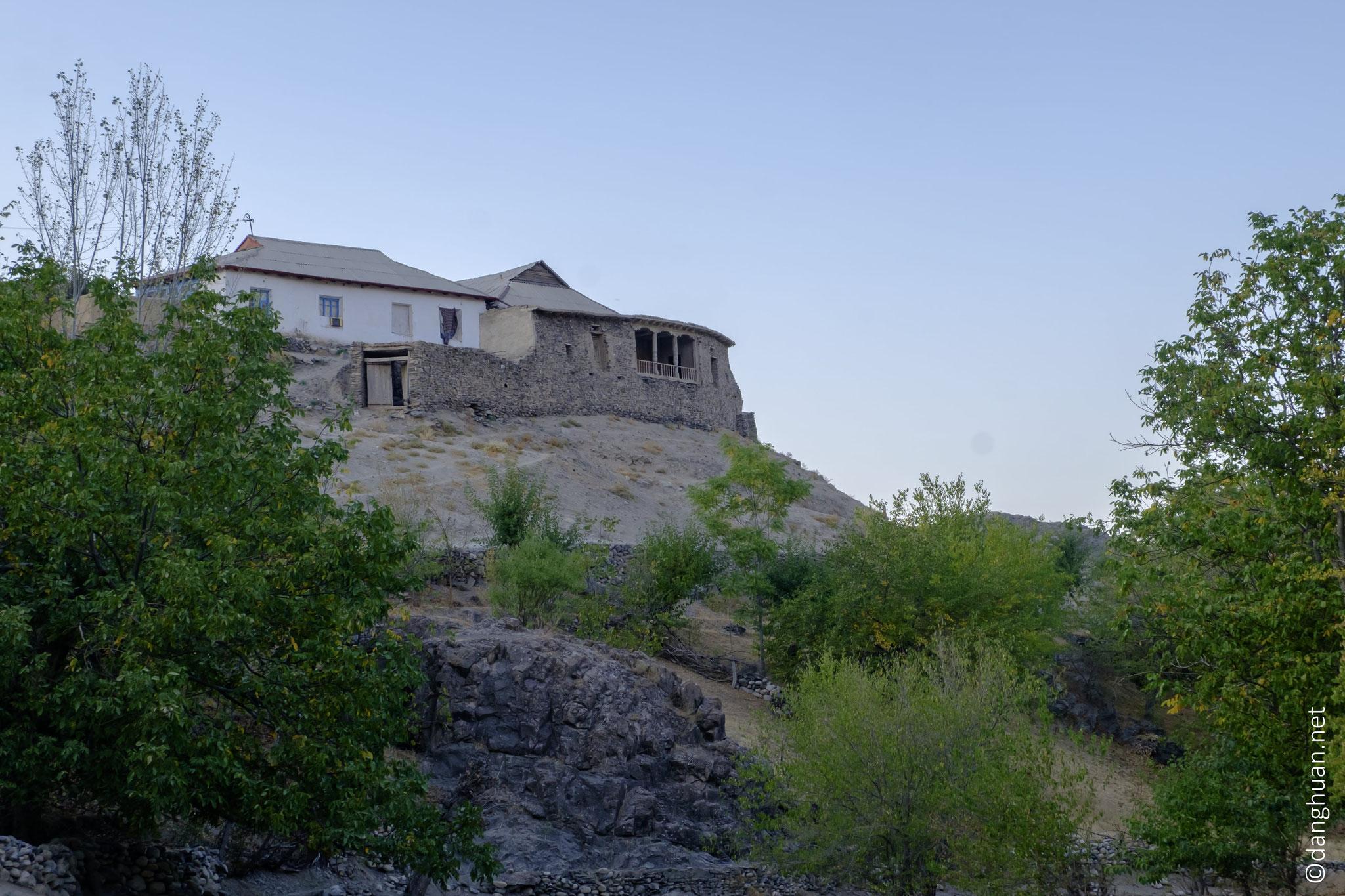 maison typique de l'Asie centrale depuis le 3ème siècle avant notre ère