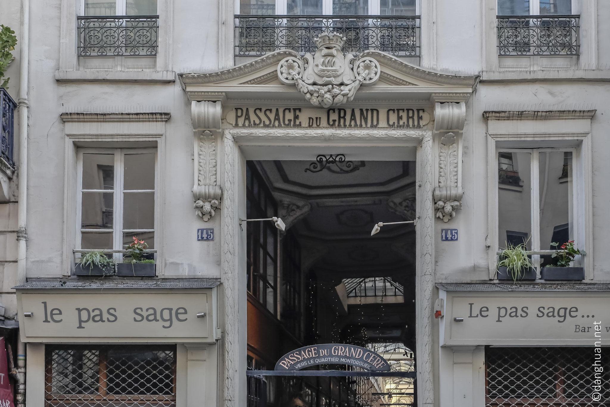 Passage du Grand Cerf : crée en 1825...