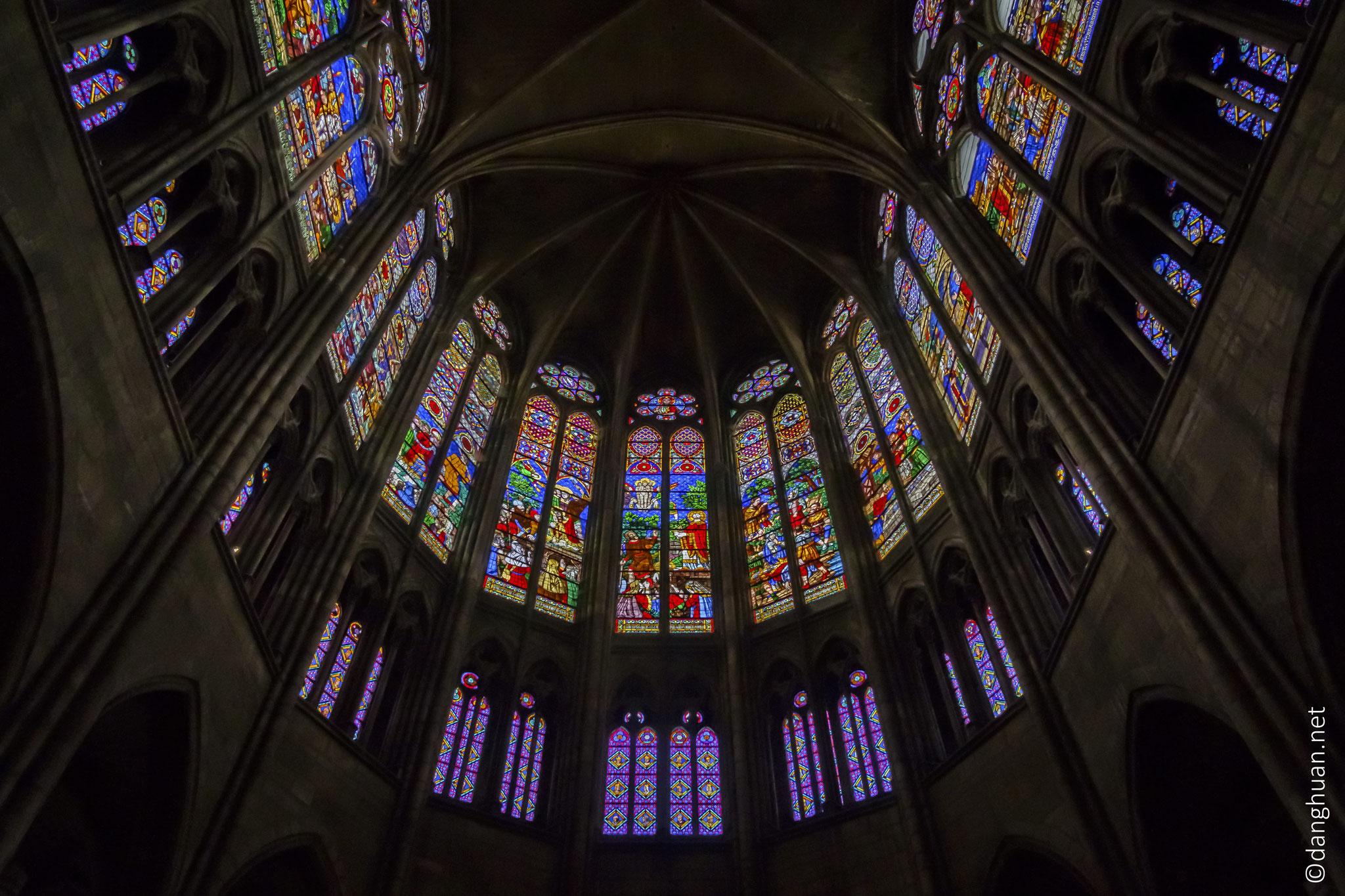 Basilique St Denis et les vitraux du choeur