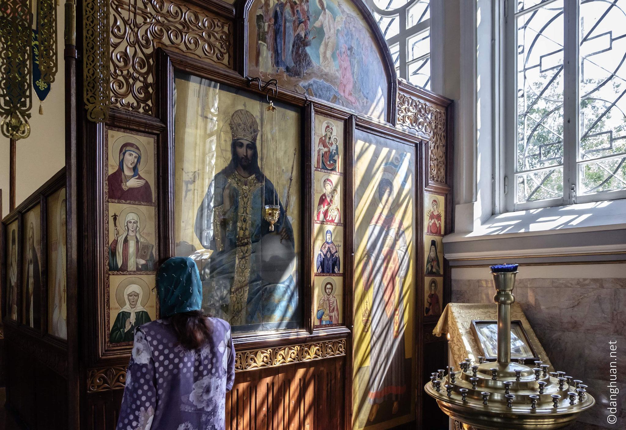 Eglise orthodoxe : Aujourd'hui les Russes représentent 5% de la population