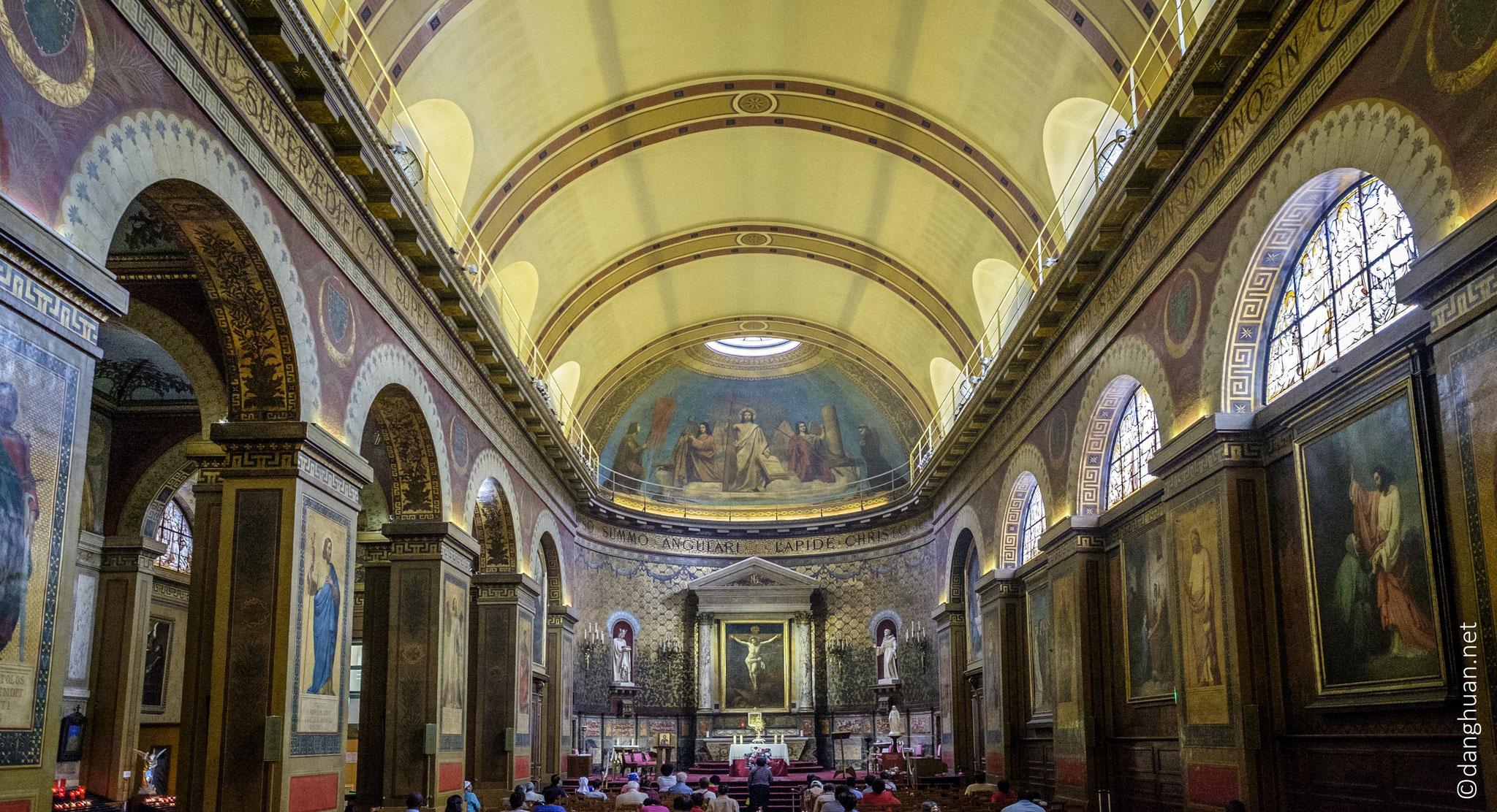 Eglise Saint Louis d'Antin :  située dans le IXe arrondissement de Paris, au 63 rue Caumartin