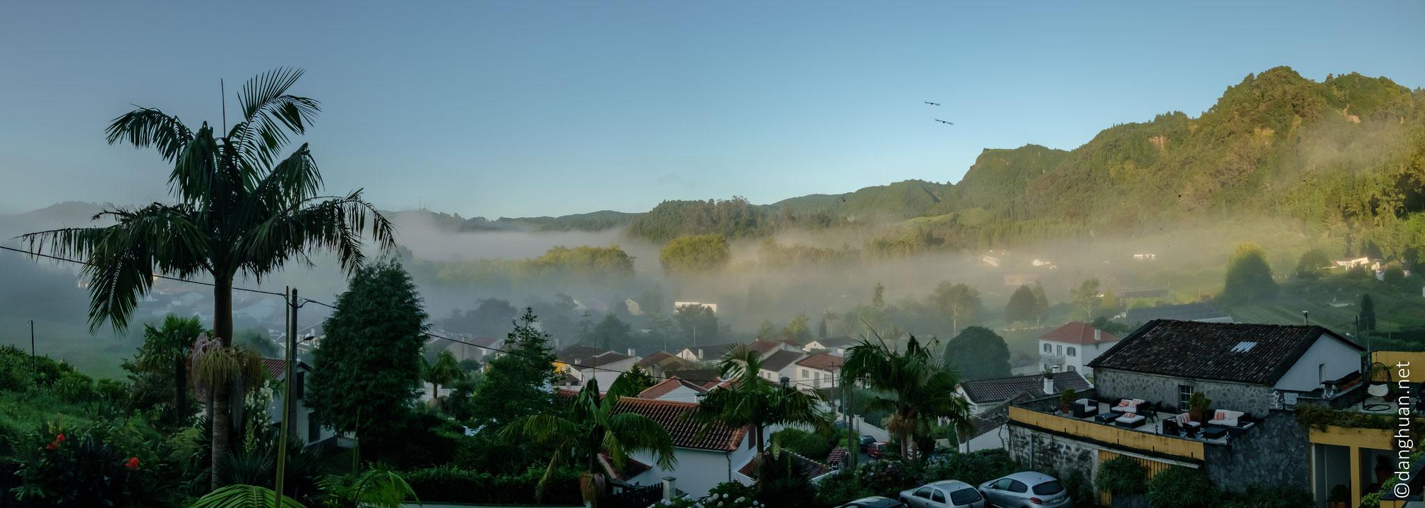 vue matinale depuis l'hôtel sur Furnas