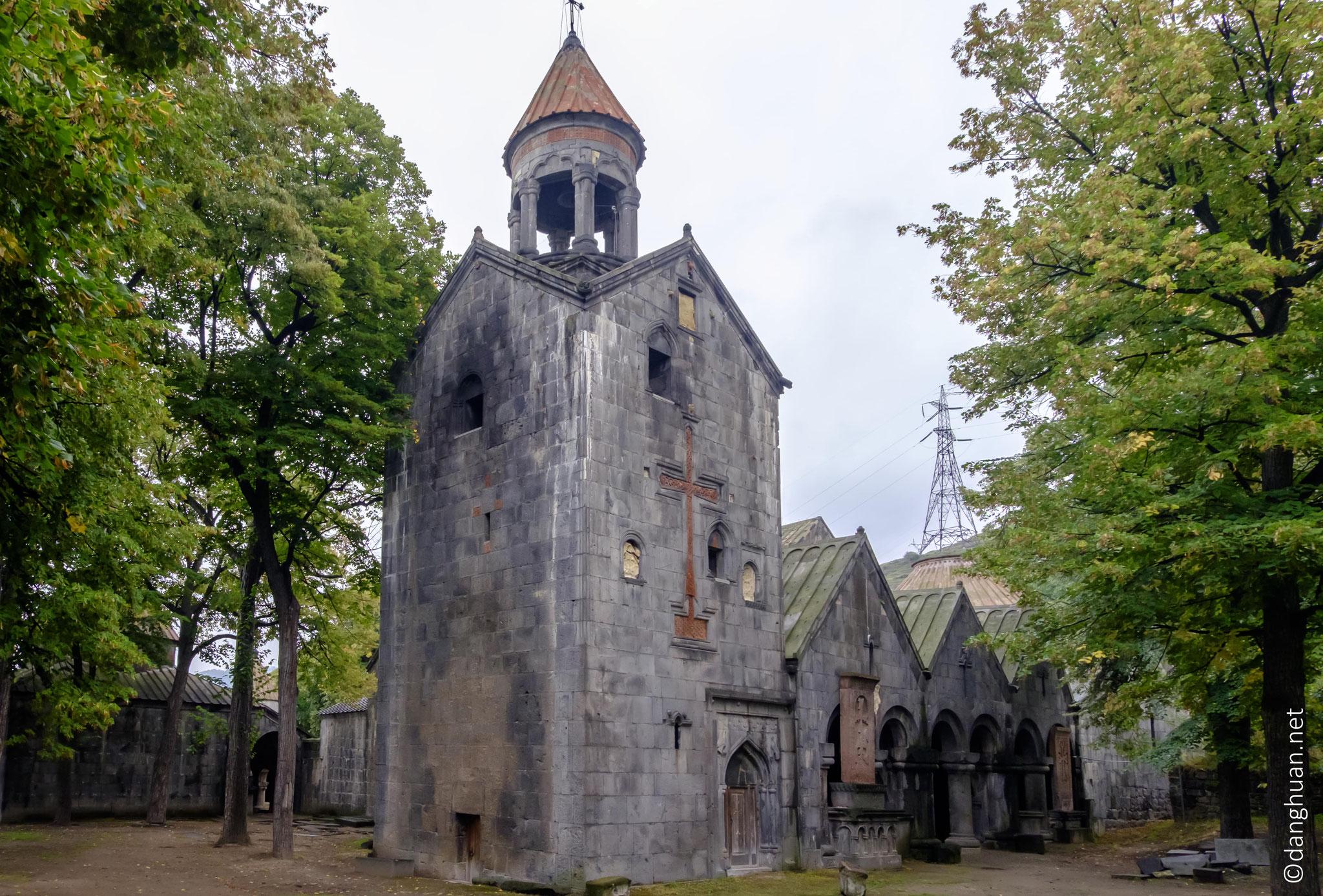 ... le clocher-campanile