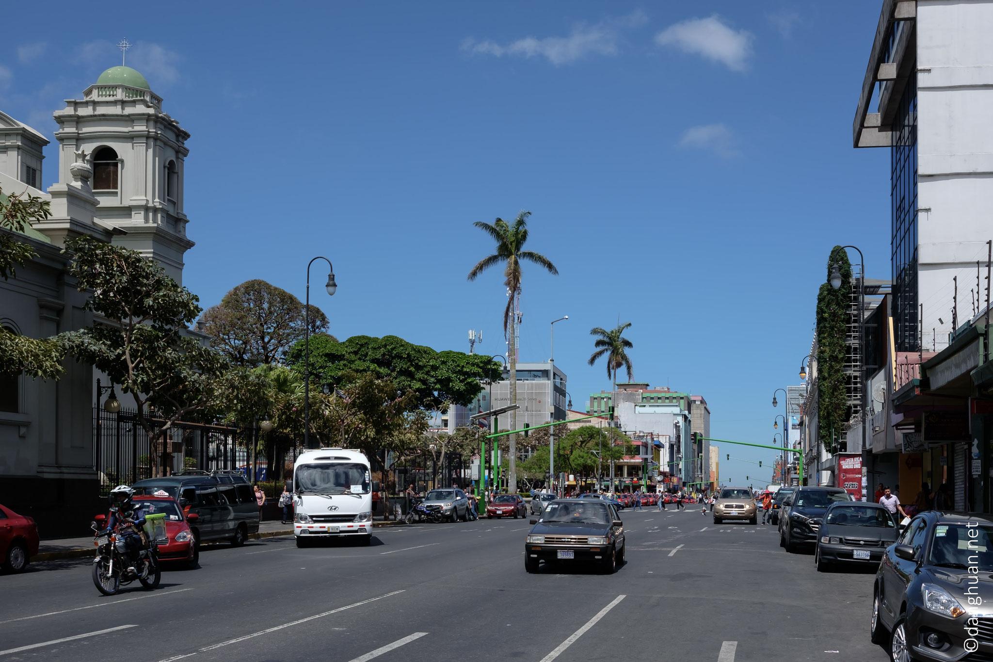 San José, la capitale de Costa Rica. Fondée en 1738, la ville devient capitale du Costa Rica en 1823 à la place de Cartago