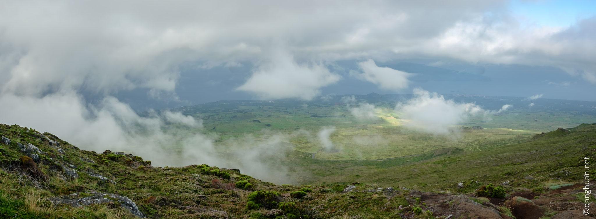 panorama depuis mi hauteur du Pico