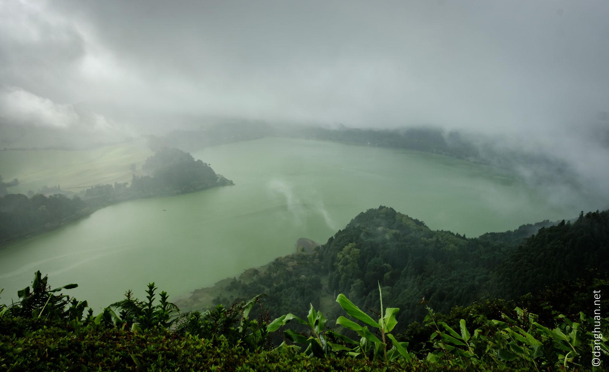 Lagoa das Furnas vu depuis le belvédère