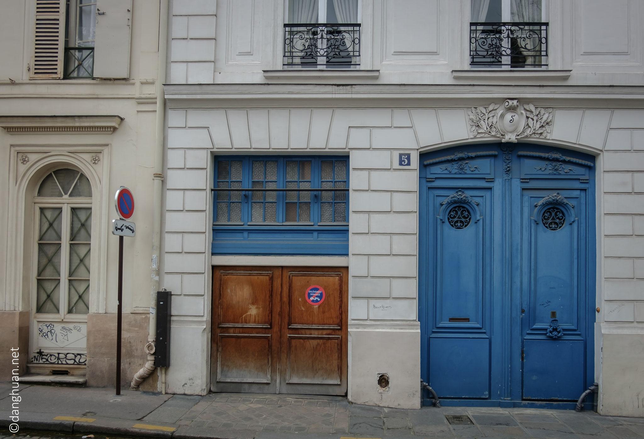 N°5 rue de la tour des dames : Résidence d'Horace Vernet, un peintre qui fut le professeur de Géricault