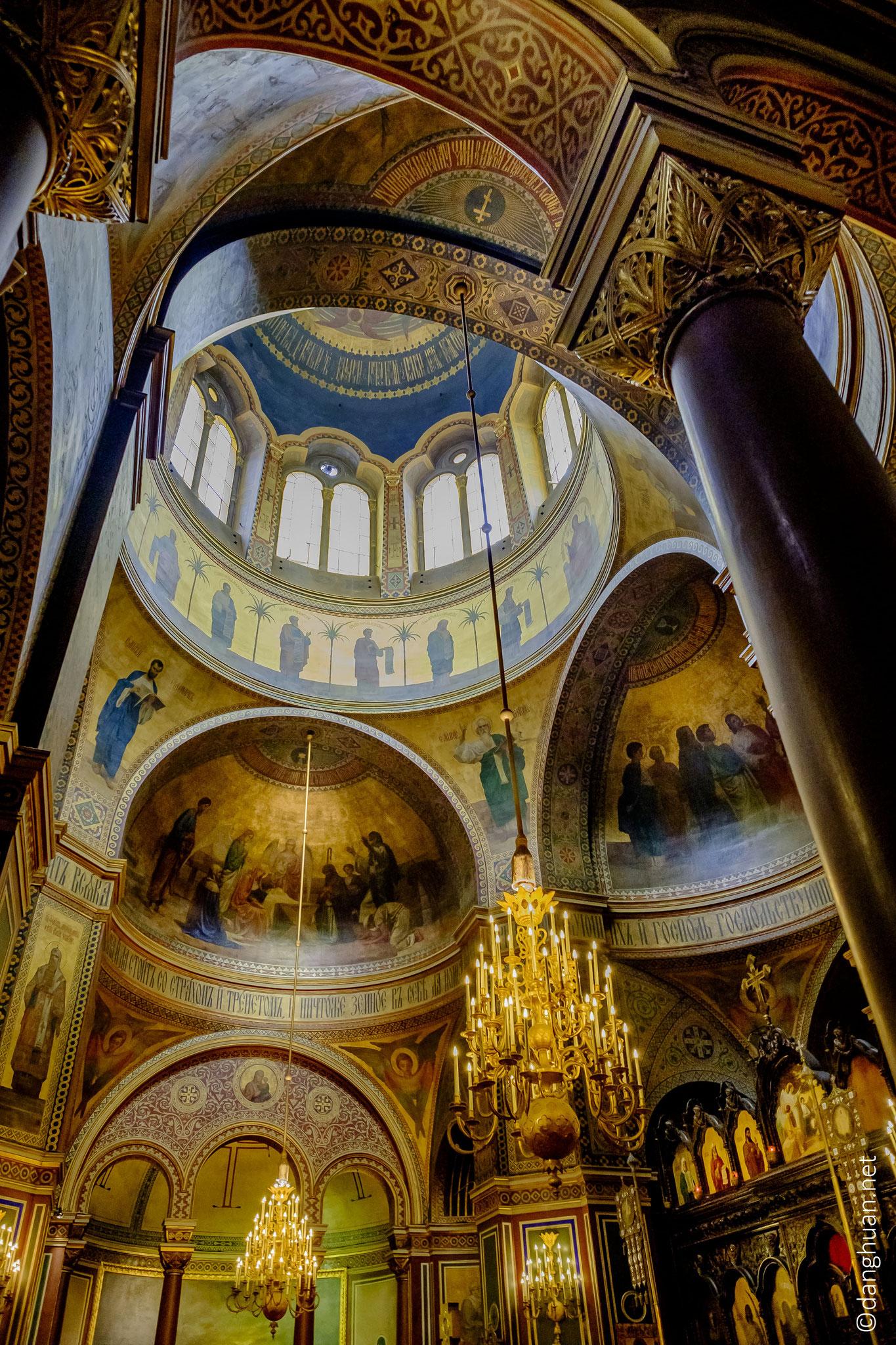 Cathédrale orthodoxe St Alexandre Nevsky : premier lieu de culte permanent pour la communauté russe orthodoxe à Paris