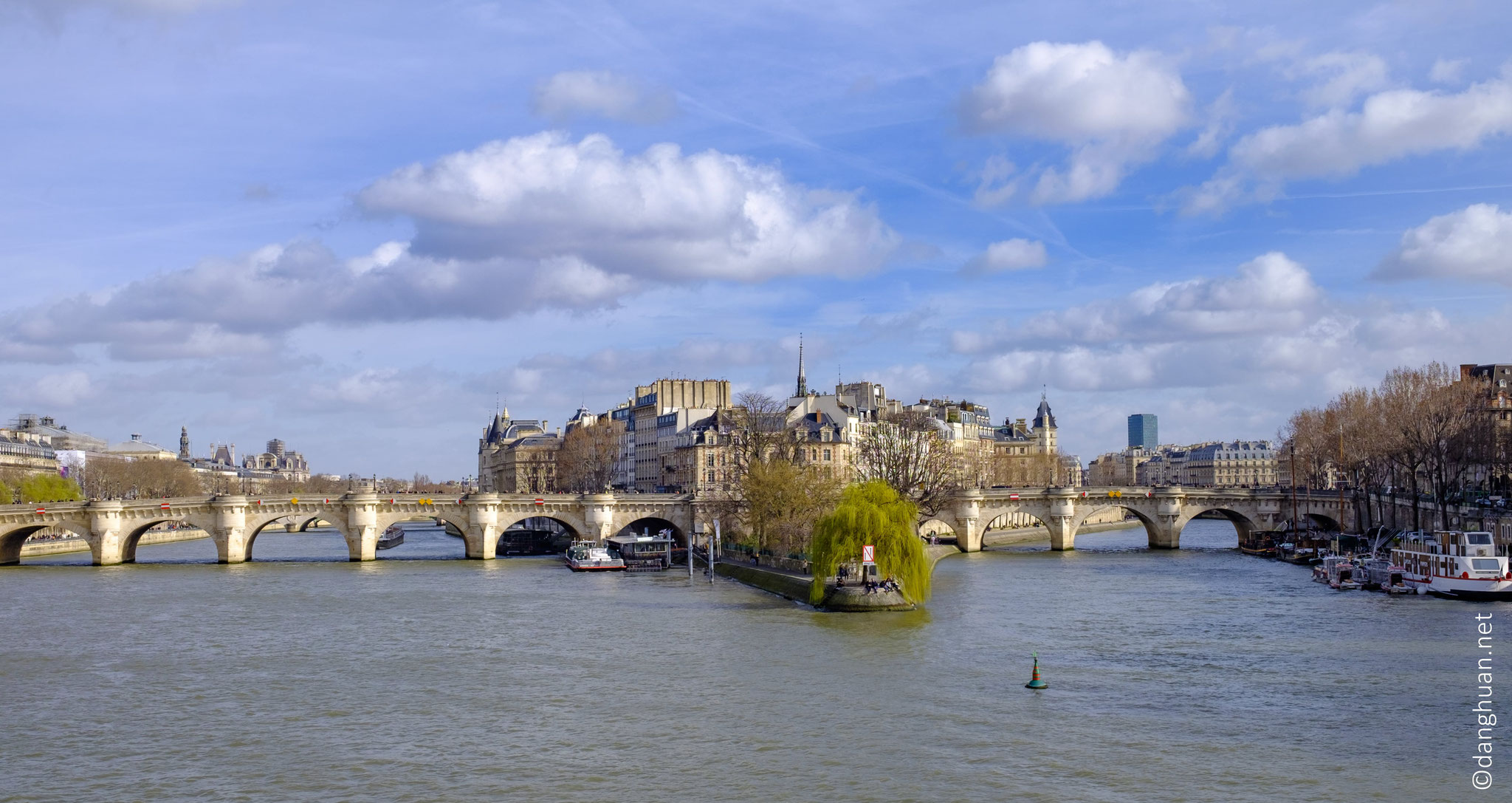 Le Pont neuf et l'ïle de la Cité