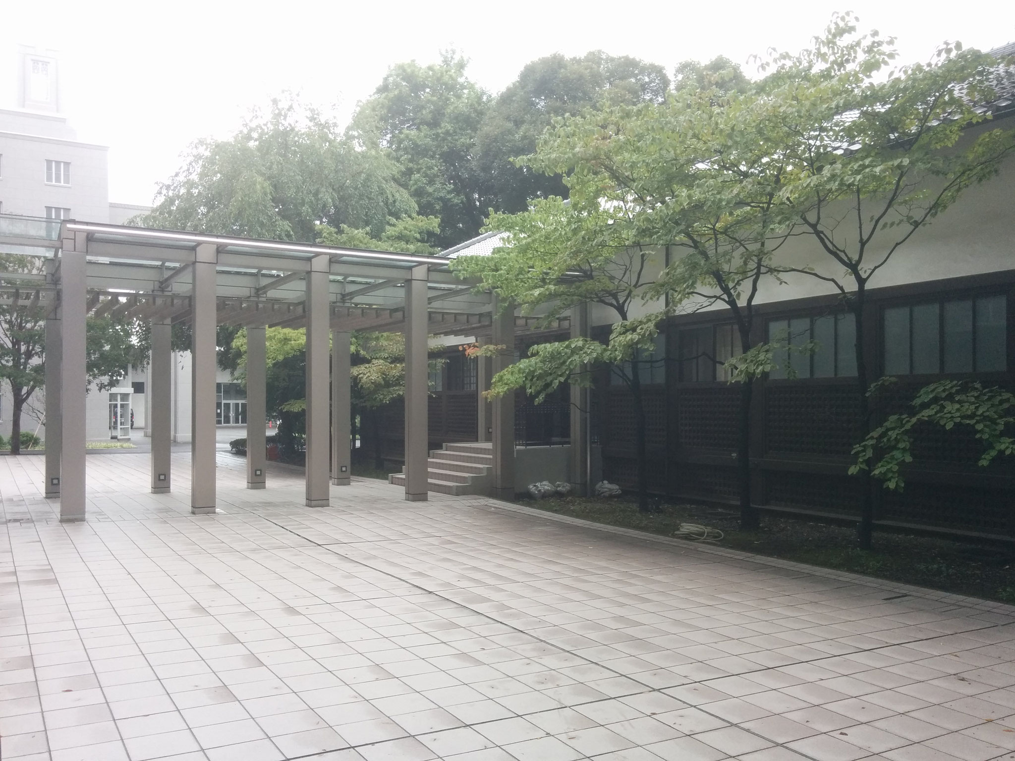12 Hiroo - old buildings outside of the university building