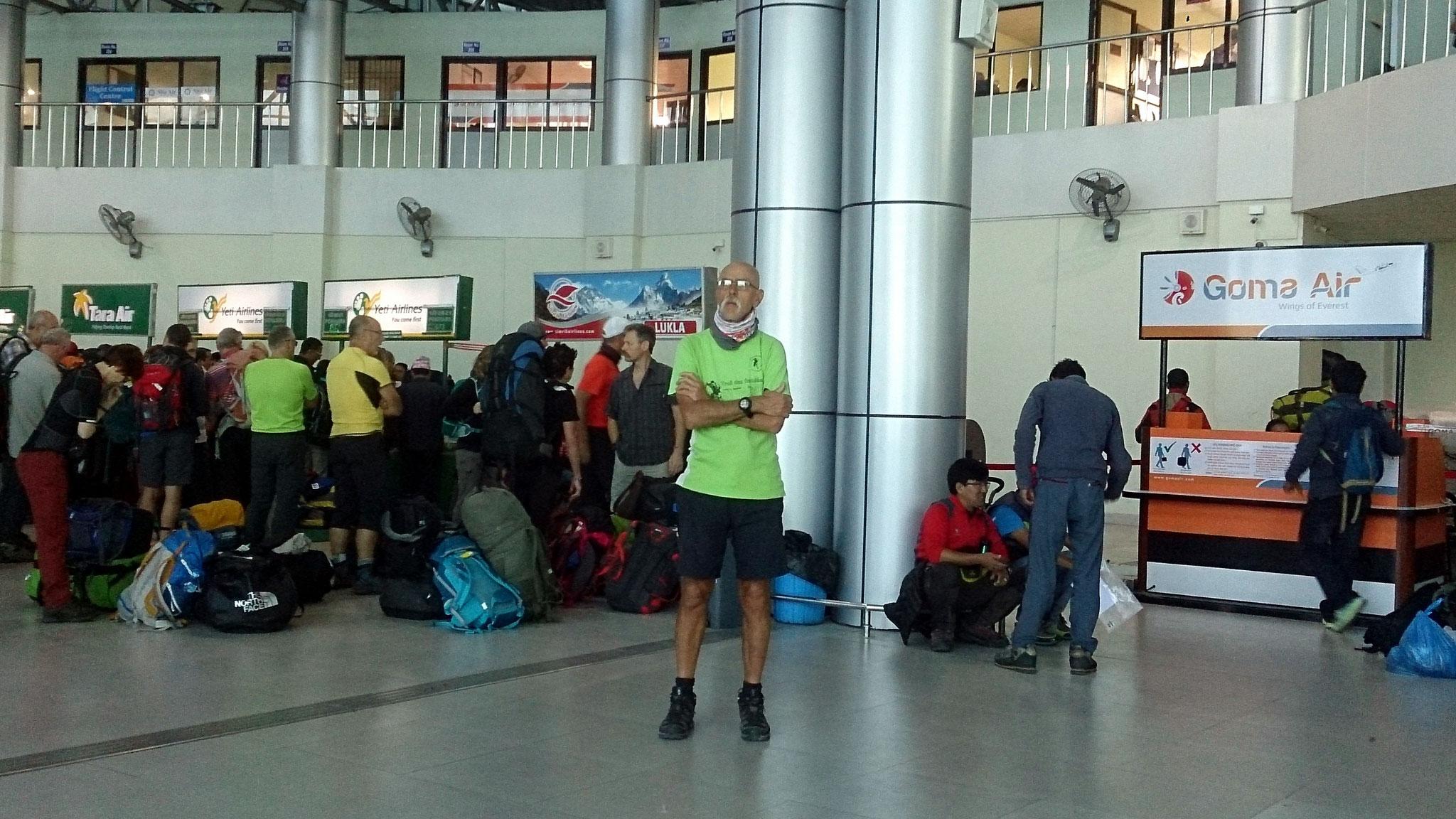 """Aéroport KTM """"liaisons locales"""""""