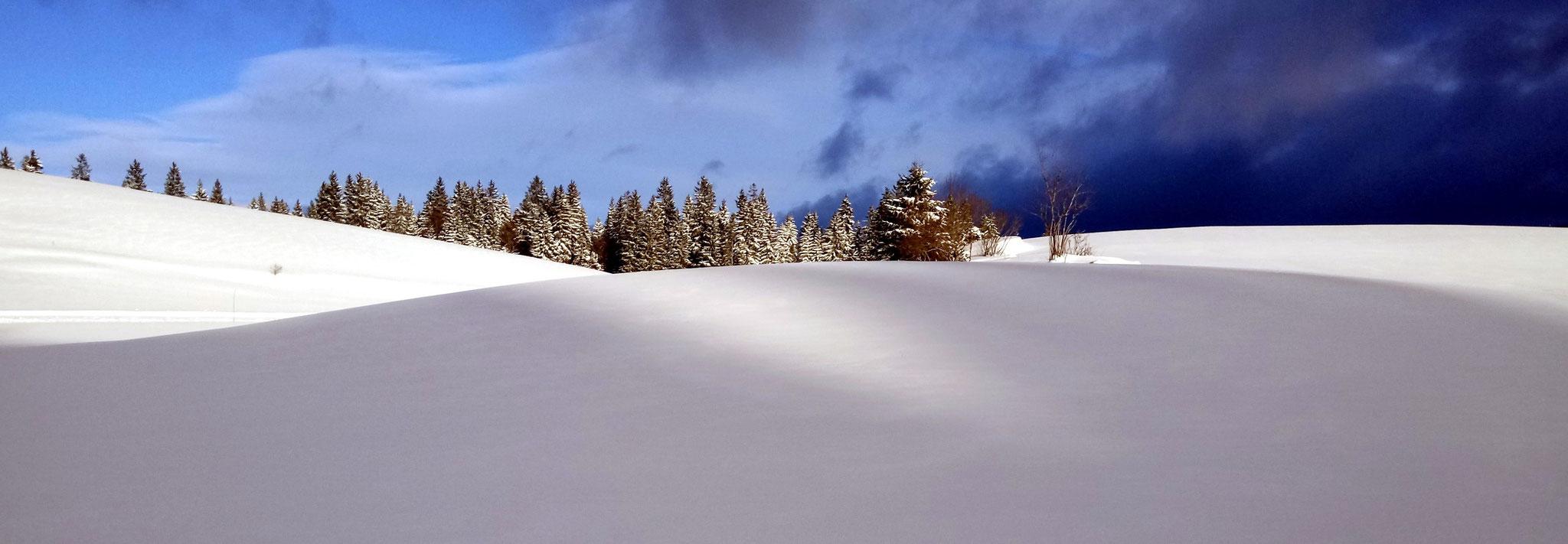 Chapelle des Bois - efets de nuages ( Josette Mathieu )