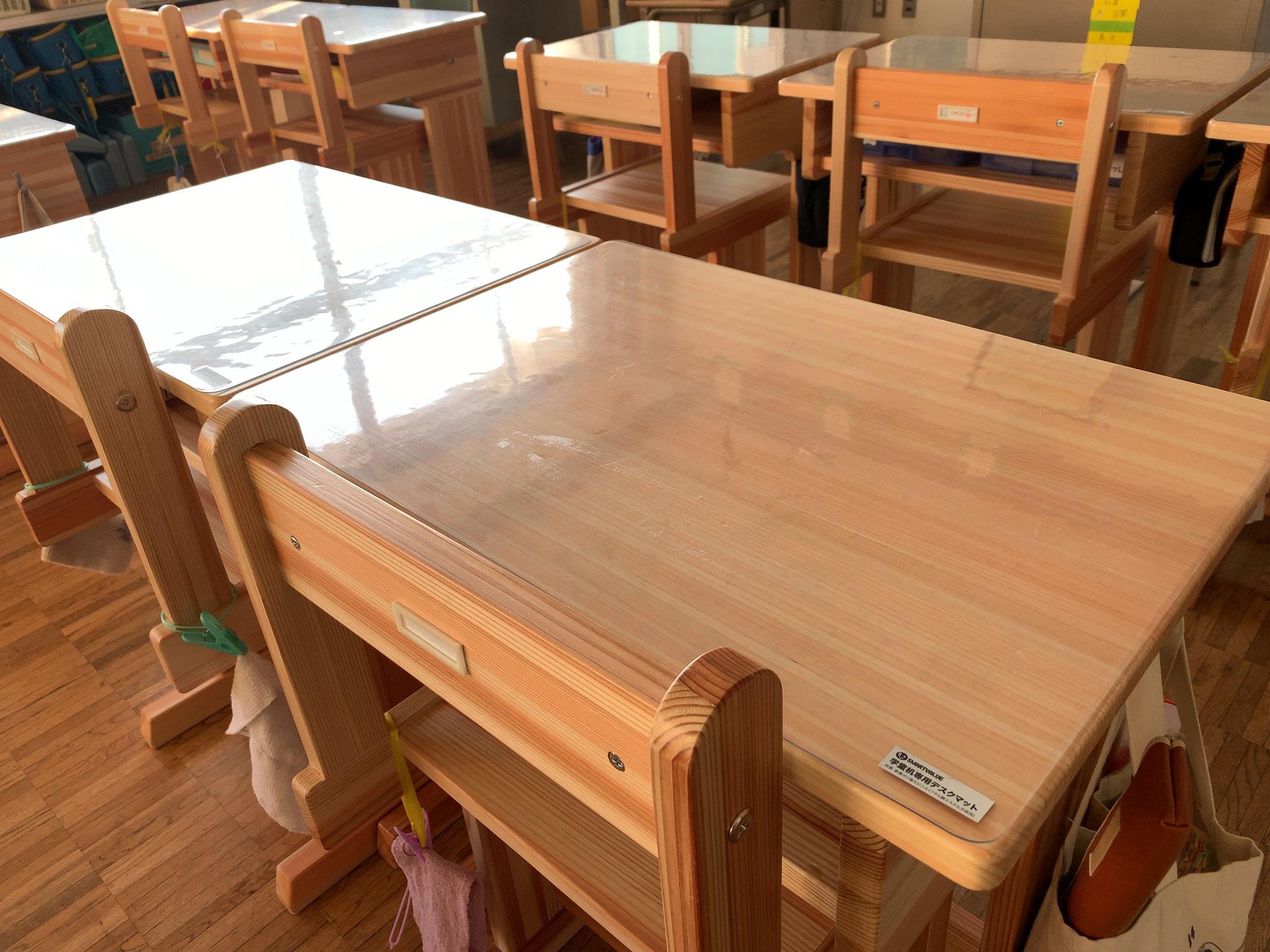 福島県浅川町-浅川小学校児童机・椅子-県産材使用