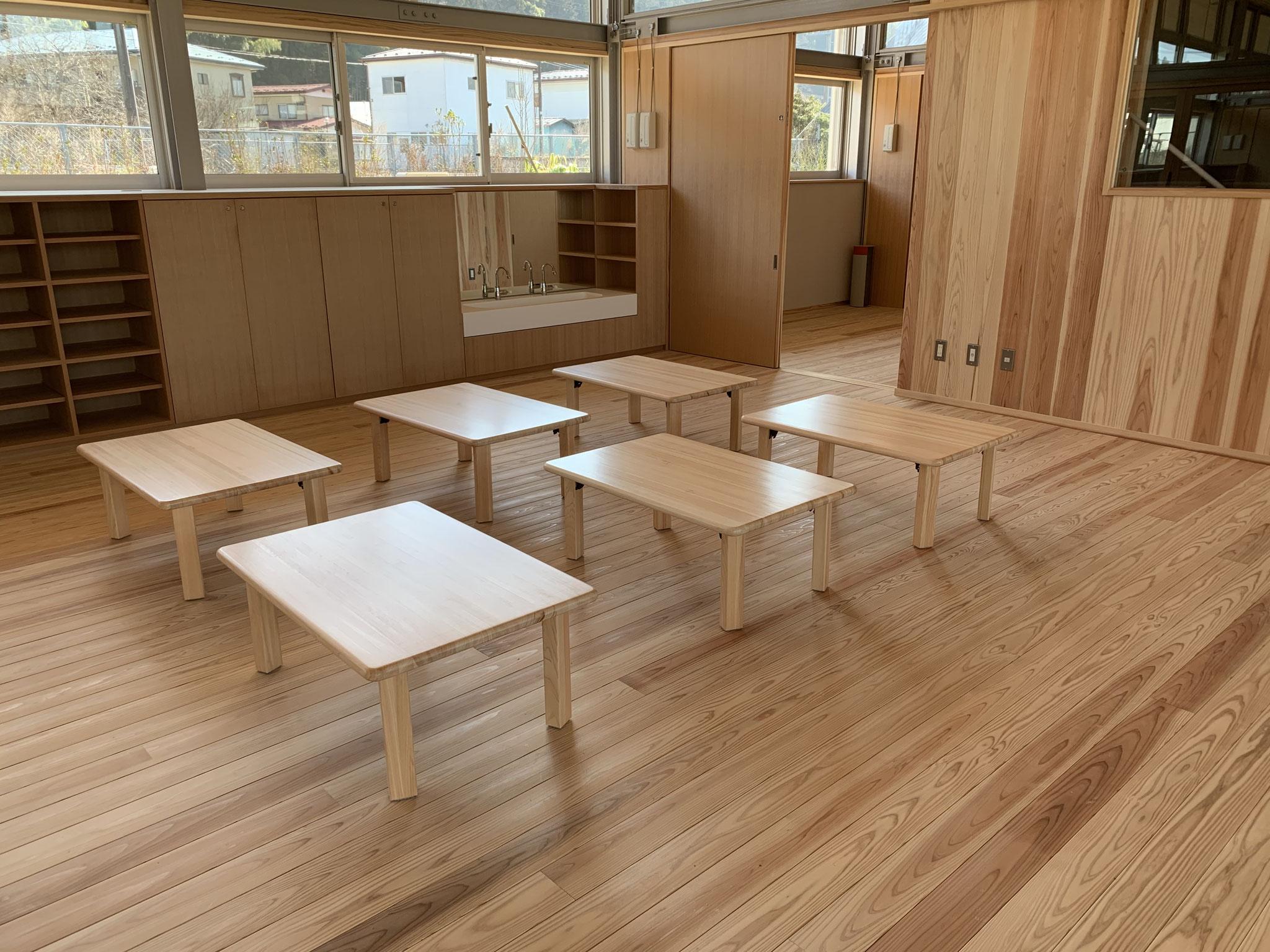 福島県塙町-はなわこども園木製テーブル-県産材桧使用