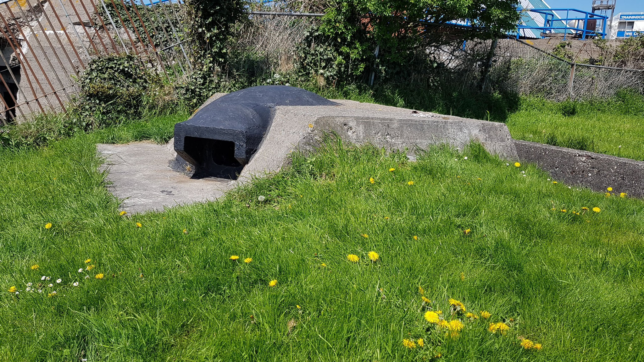 fieser kleiner Bunker bei Vlissingen