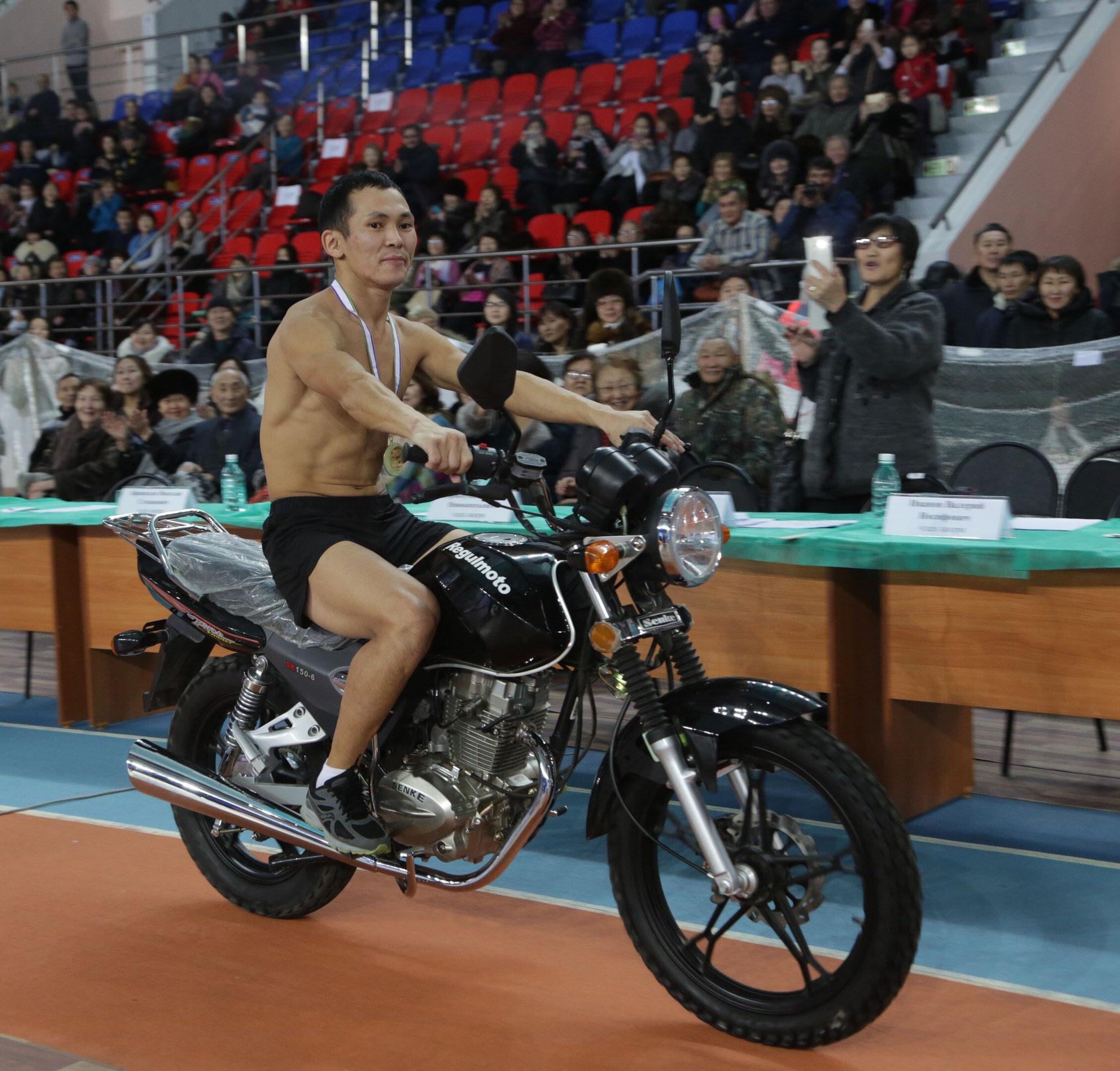 Чемпион РС(Я) по Северному многоборью « Игры народов Севера»  Строганина 3-4 декабря 2016 г.