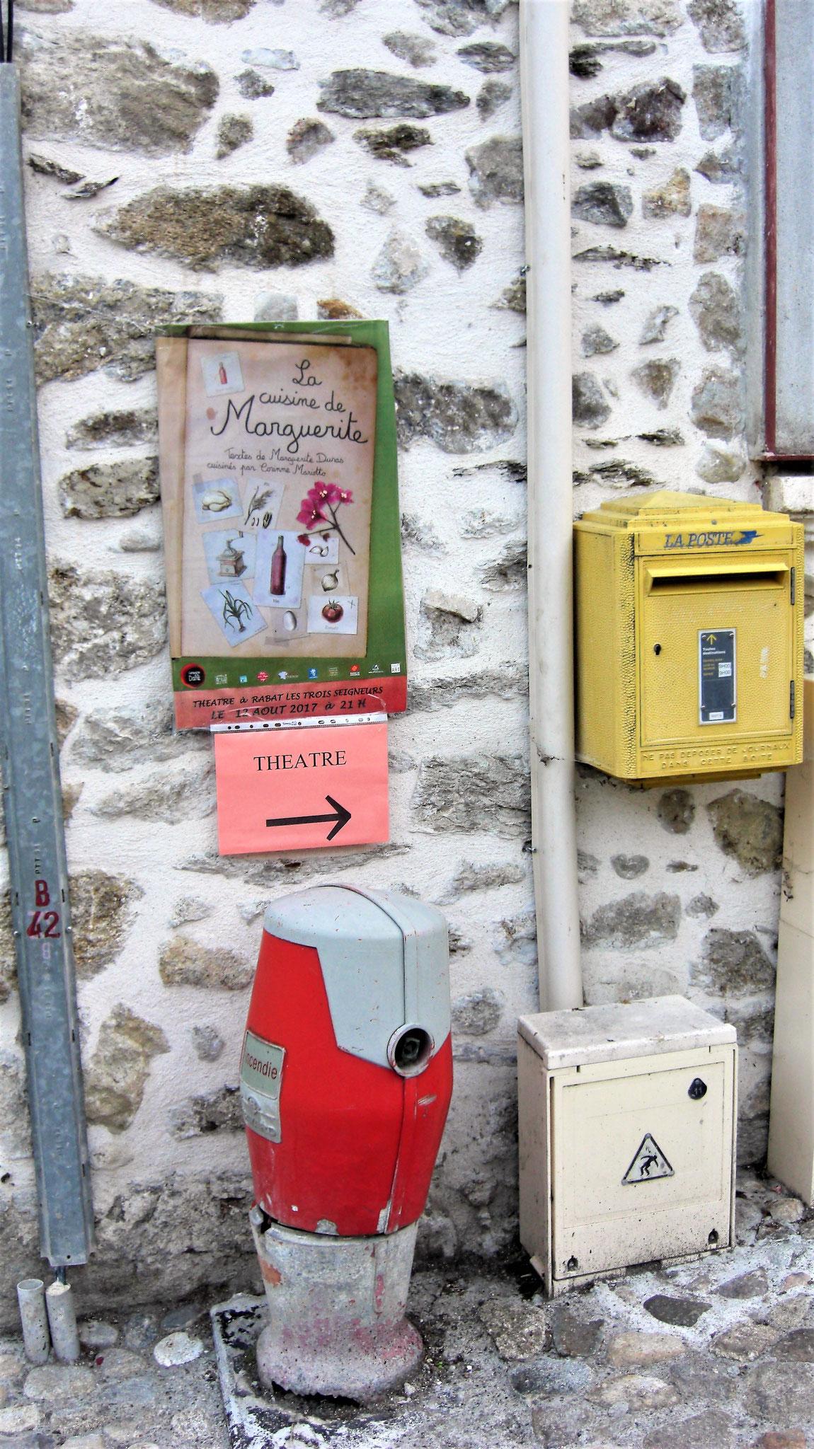 La cuisine de Marguerite à Rabat Les Trois Seigneurs (09) - Cie de la Dame - Corinne Mariotto ©LudovicLafforgue 03