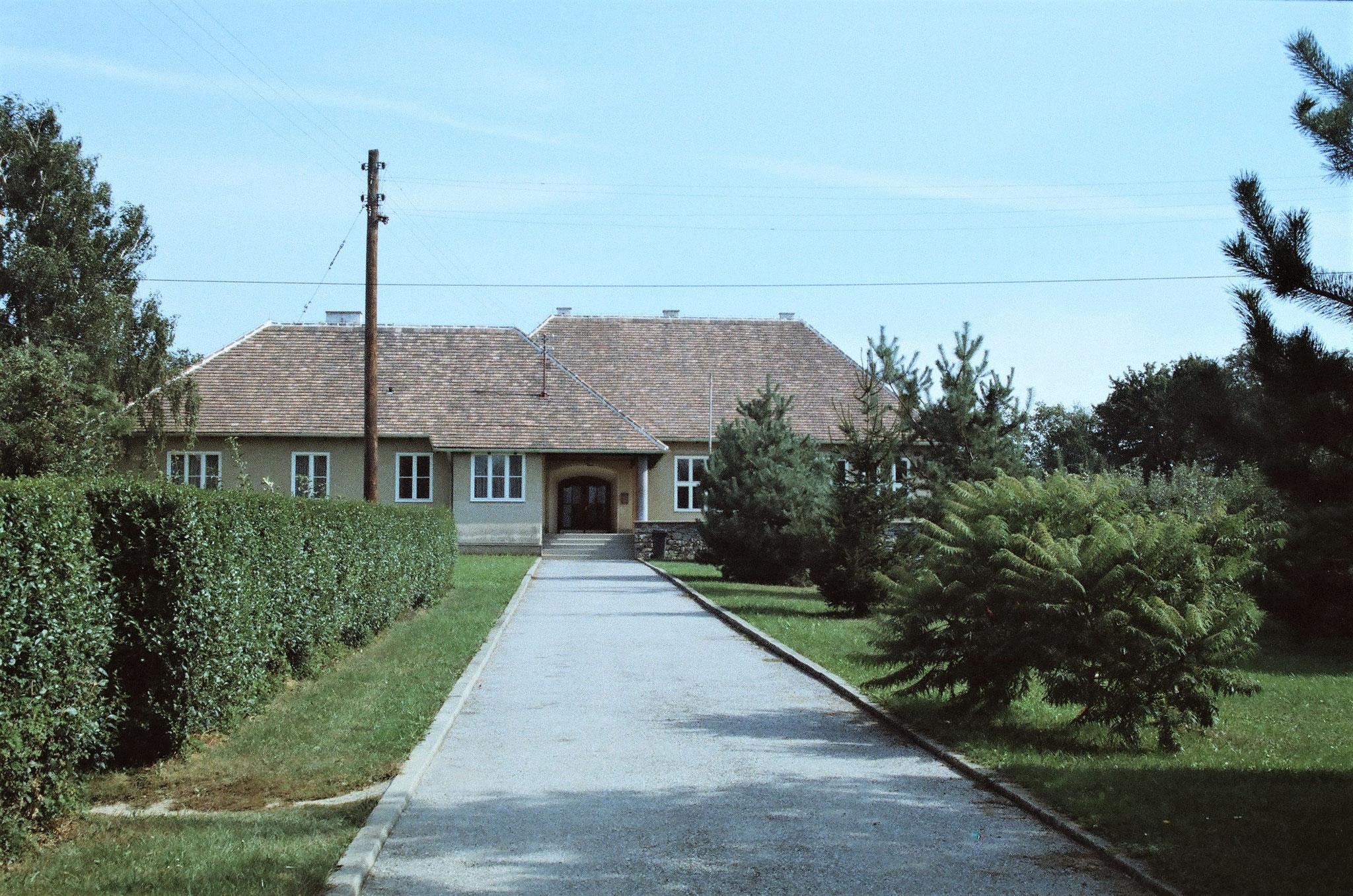 Schulhaus 1985/86