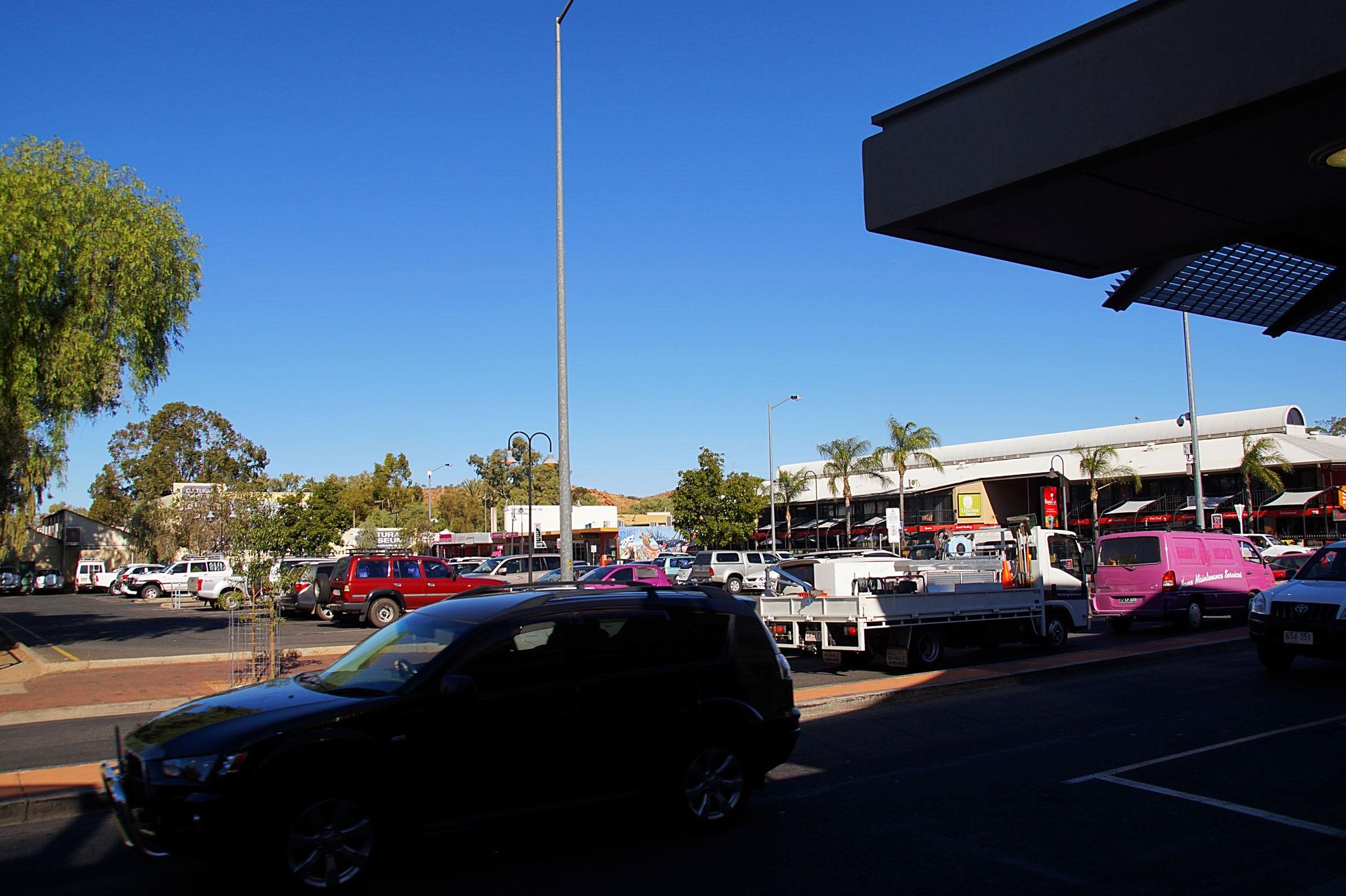 Alice Springs, die Autohauptstadt Australiens.