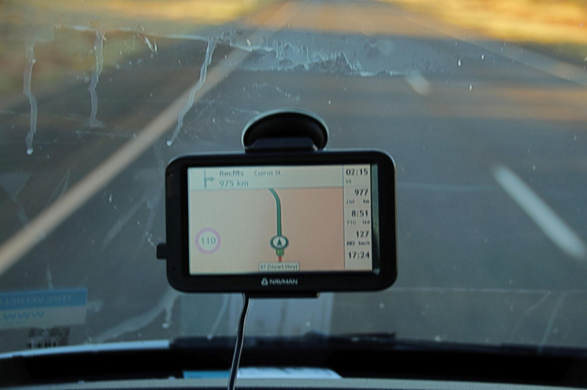 Navi zeigt Höchstgeschwindigkeit an